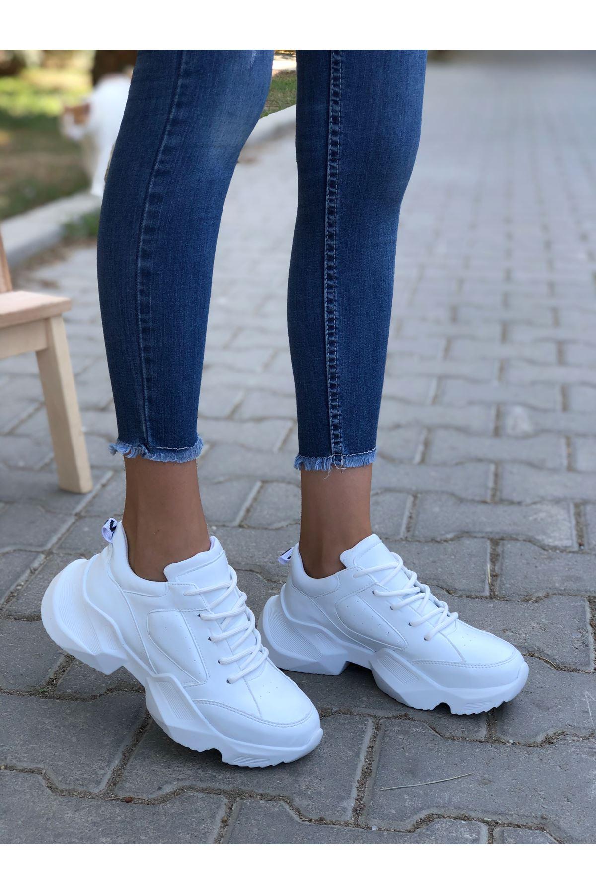 Kadın Nepal Kalın Taban Bağcıklı Beyaz Spor Ayakkabı
