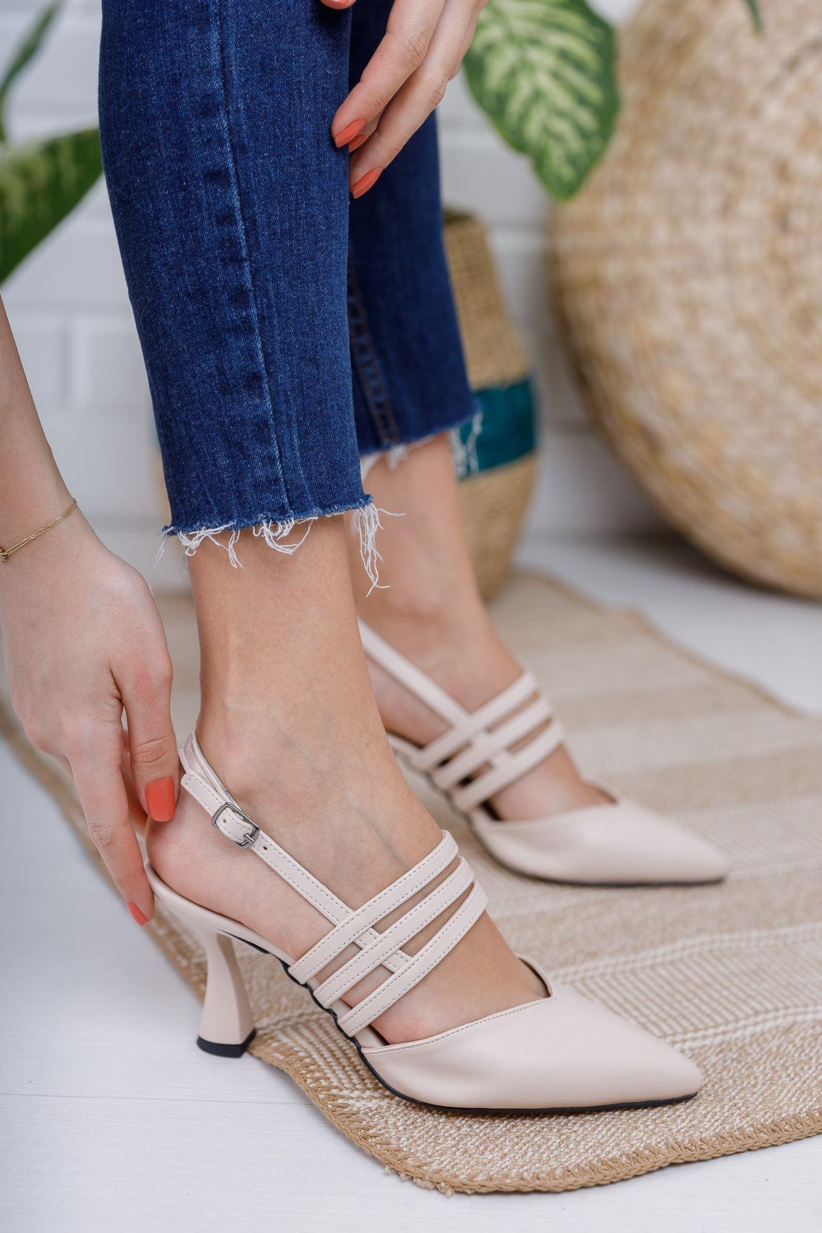 Kadın Minta Sivri Burun Mat Deri Ten Kadeh Topuklu Ayakkabı