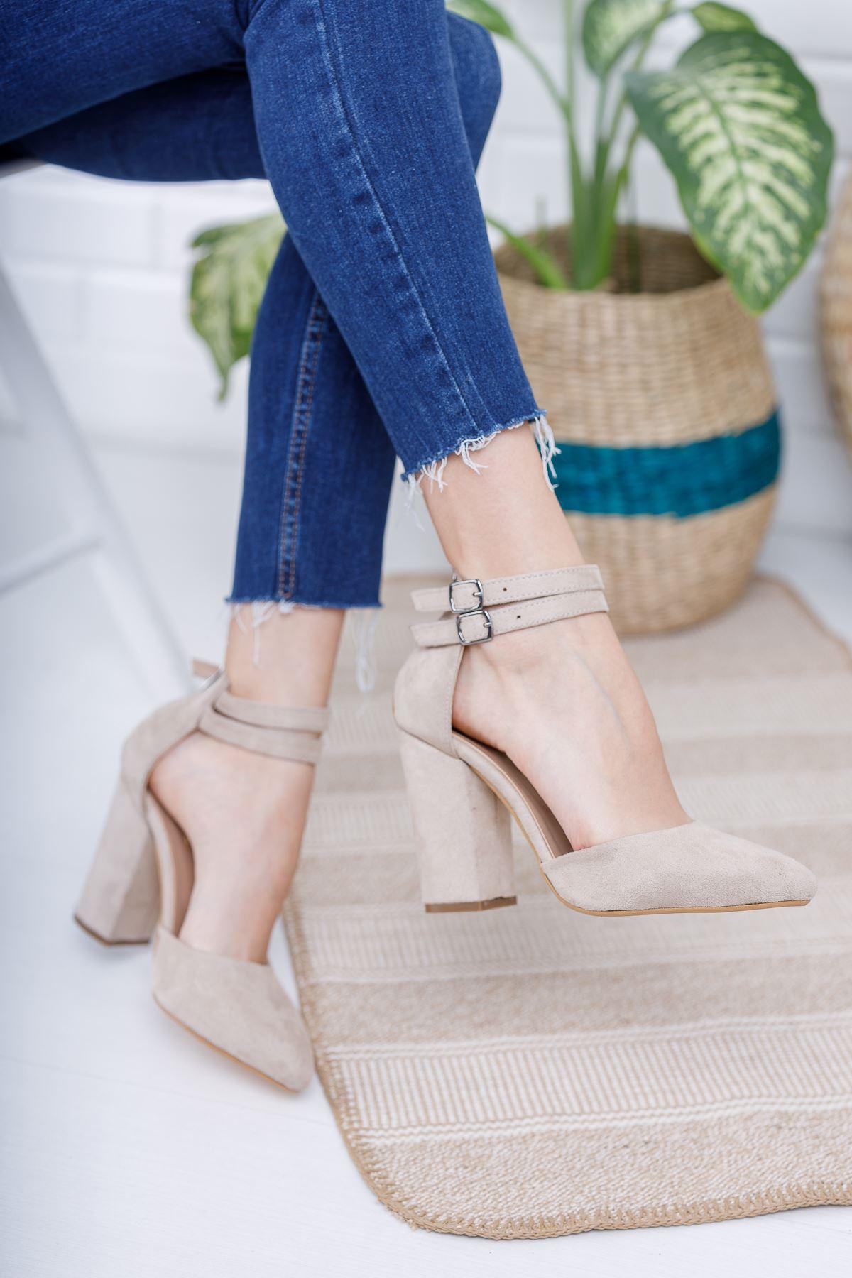 Kadın Papun Çift Toka Detay Kalın Topuklu Ten Süet Ayakkabı