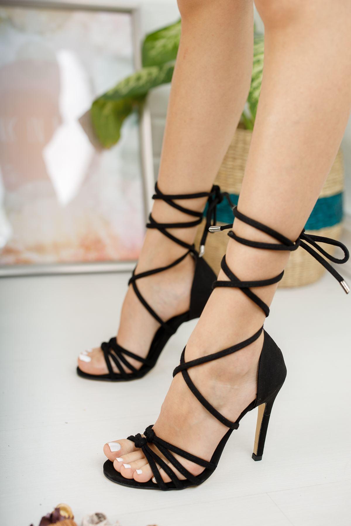 Kadın Miley Bağcık Detaylı İnce Topuklu Siyah Süet Ayakkabı