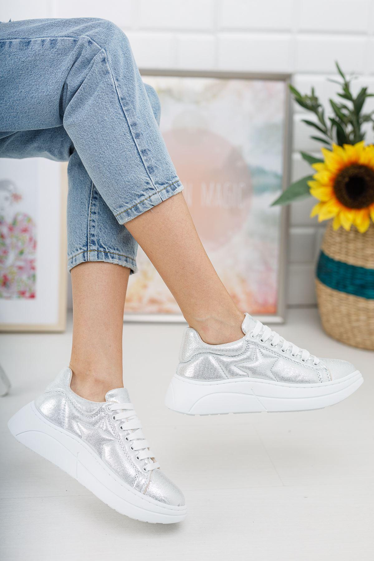 Kadın Nikola Kalın Taban Gümüş Spor Ayakkabı