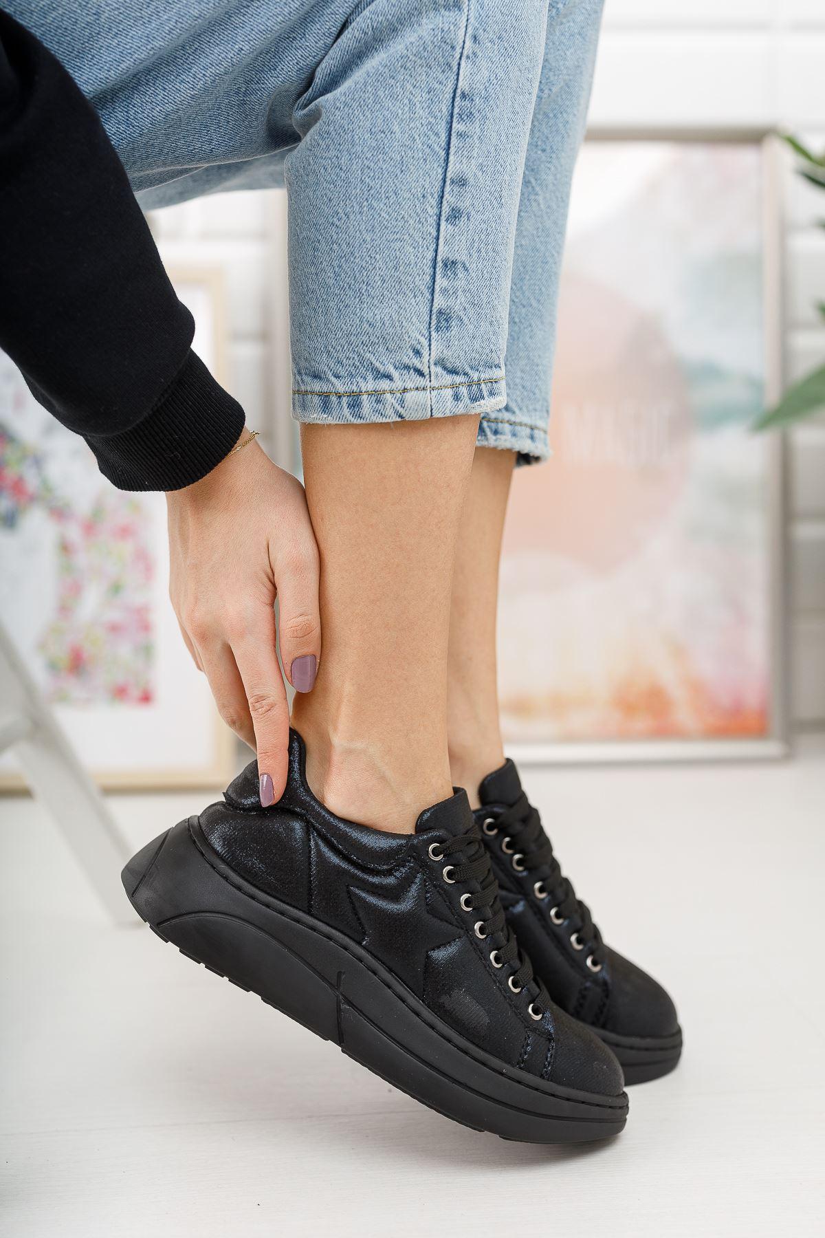 Kadın Nikola Kalın Taban Siyah Spor Ayakkabı