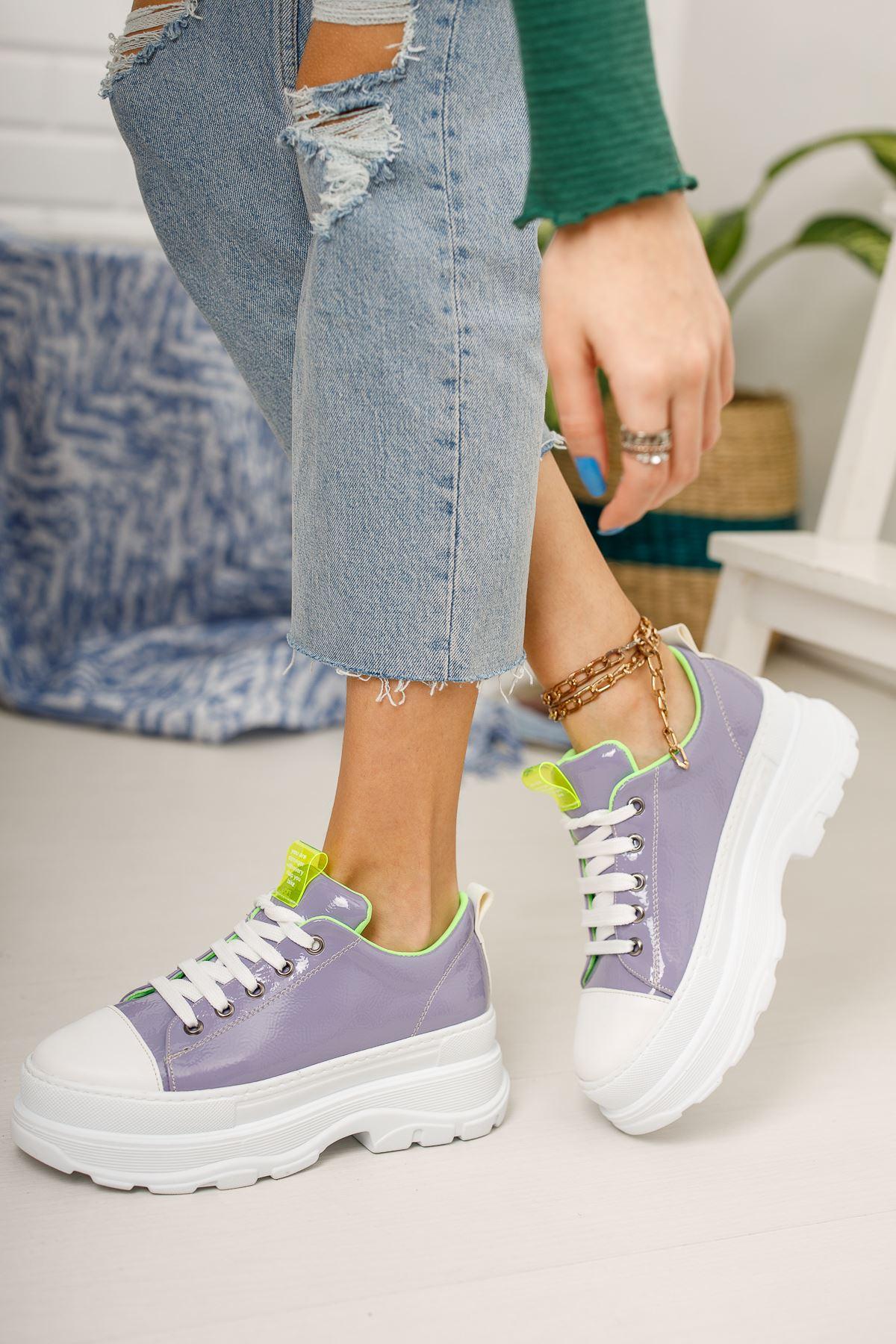 Kadın Diana Kalın Taban  Bağcık Detaylı Lila Rugan Spor Ayakkabı