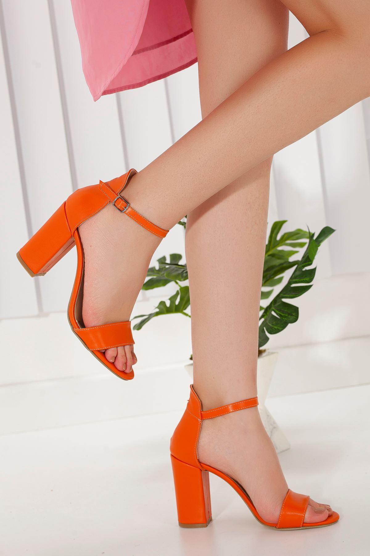 Kadın Perion Mat Deri Turuncu Topuklu Ayakkabı