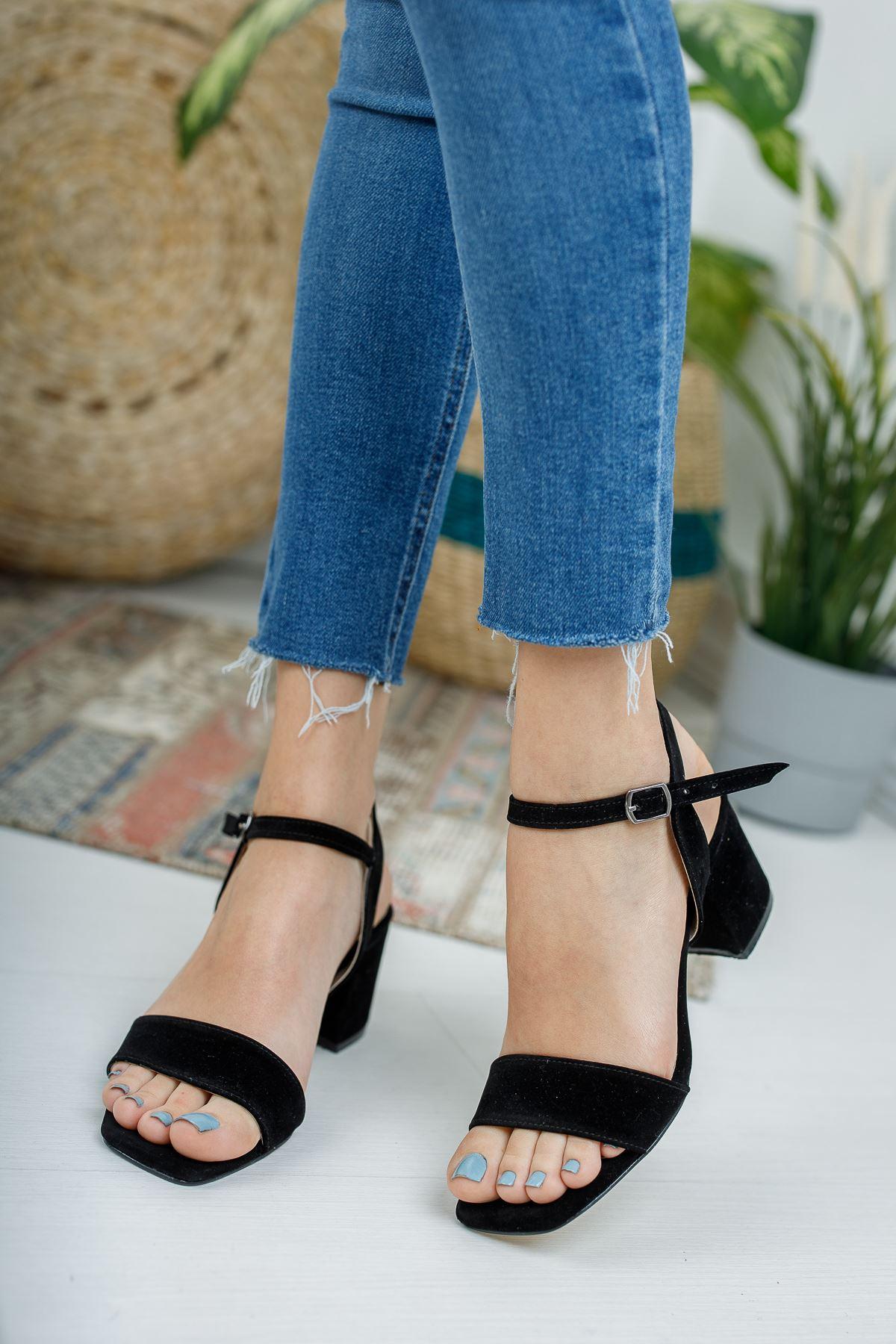 Kadın Canon Kısa Topuklu Köşe Burun Siyah Süet Ayakkabı