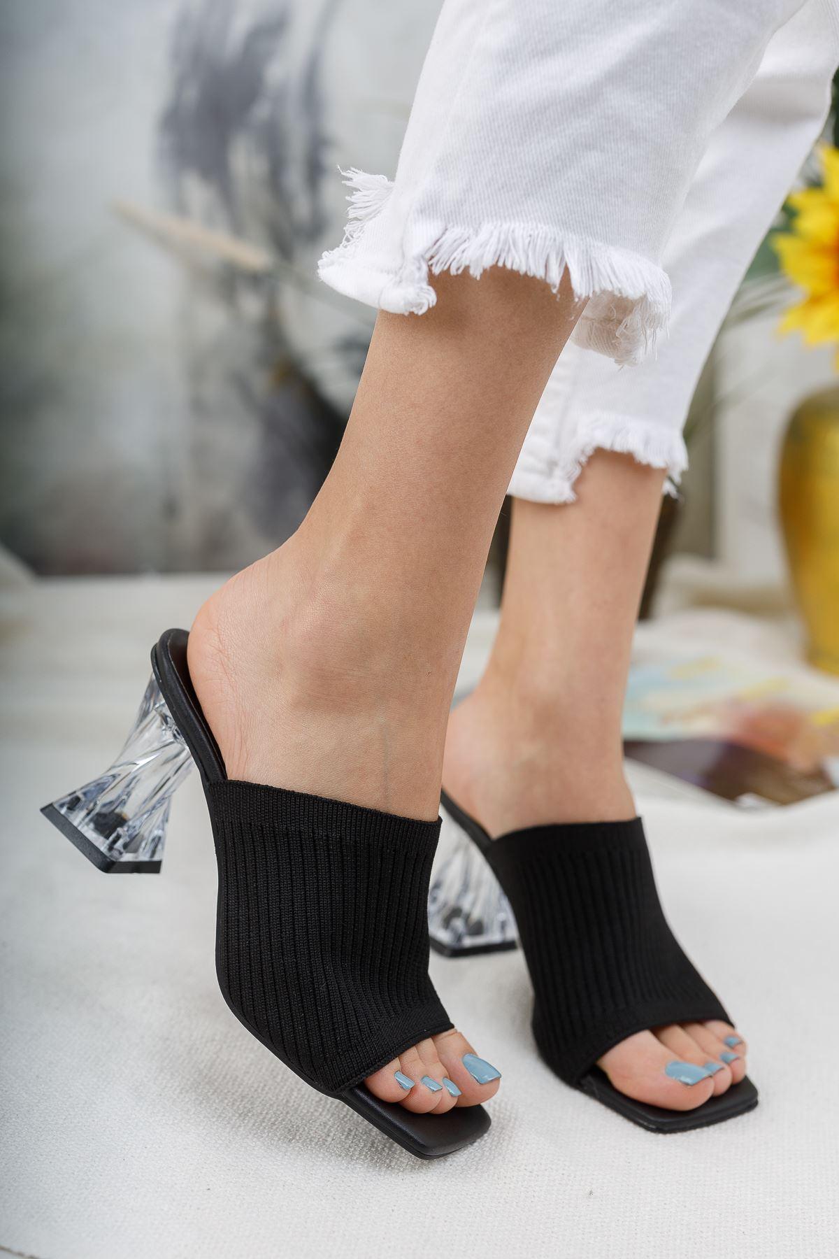 Kadın Essen Şeffaf Topuklu Siyah Triko Terlik