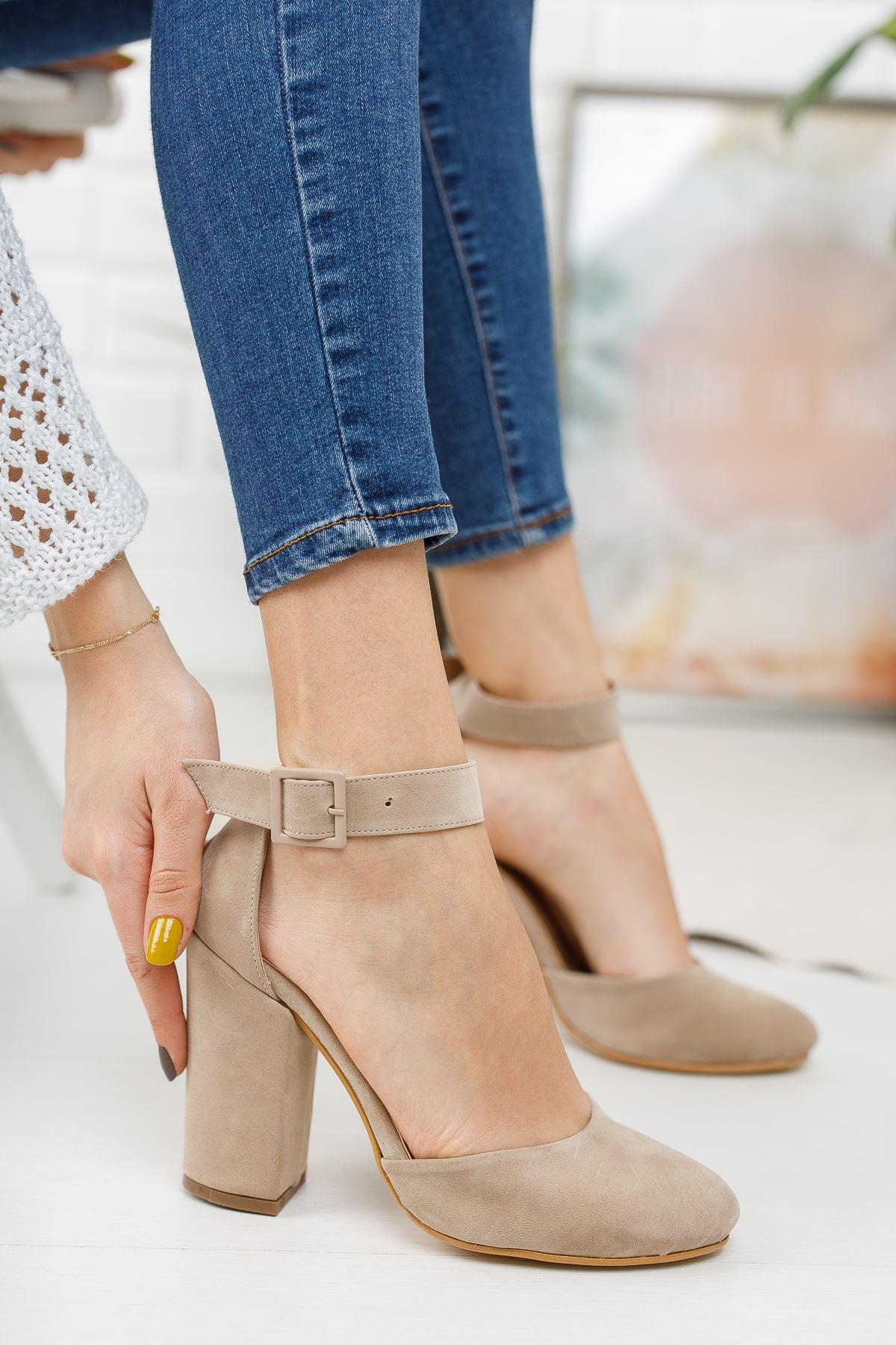 Kadın Berland Bej Topuklu Ayakkabı