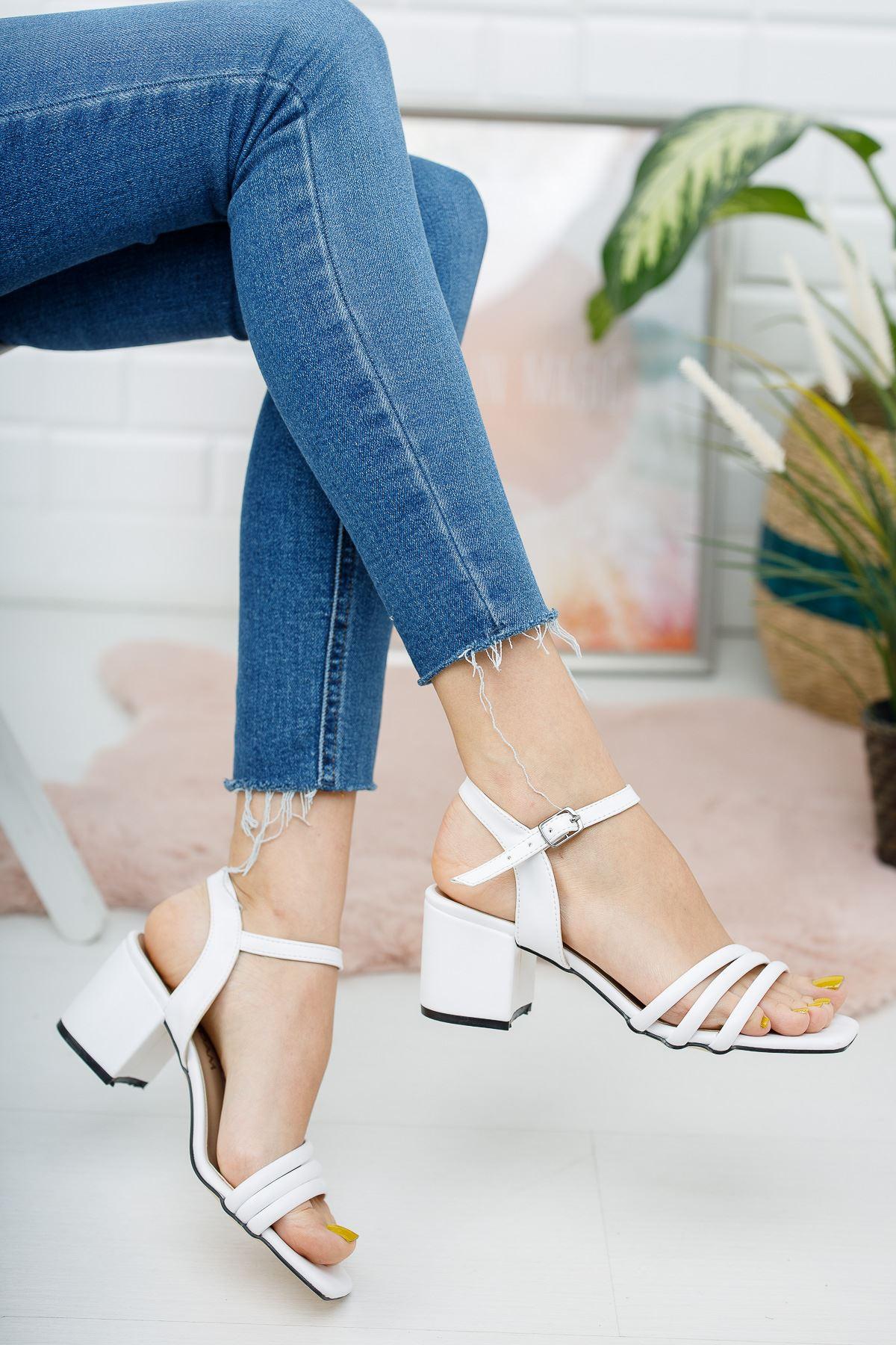 Kadın Holla Kısa Topuklu Mat Deri Beyaz  Ayakkabı