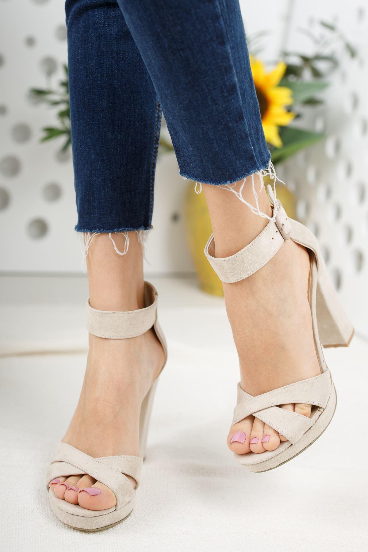 Kadın Loked Yüksek Topuklu Çapraz Bantlı Ten Süet Tek Bant Ayakkabı
