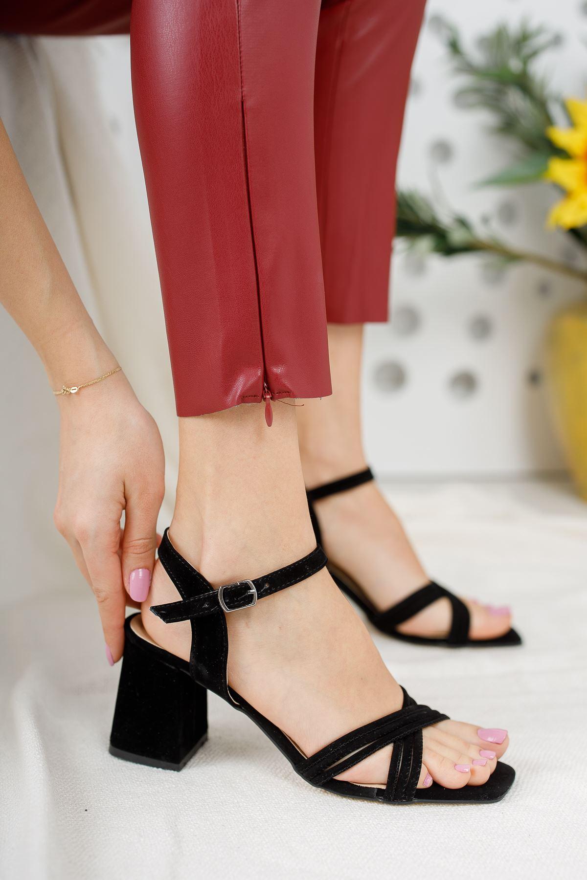 Kadın Yuli Kısa Topuklu Çapraz Biyeli Siyah Süet Topuklu Ayakkabı