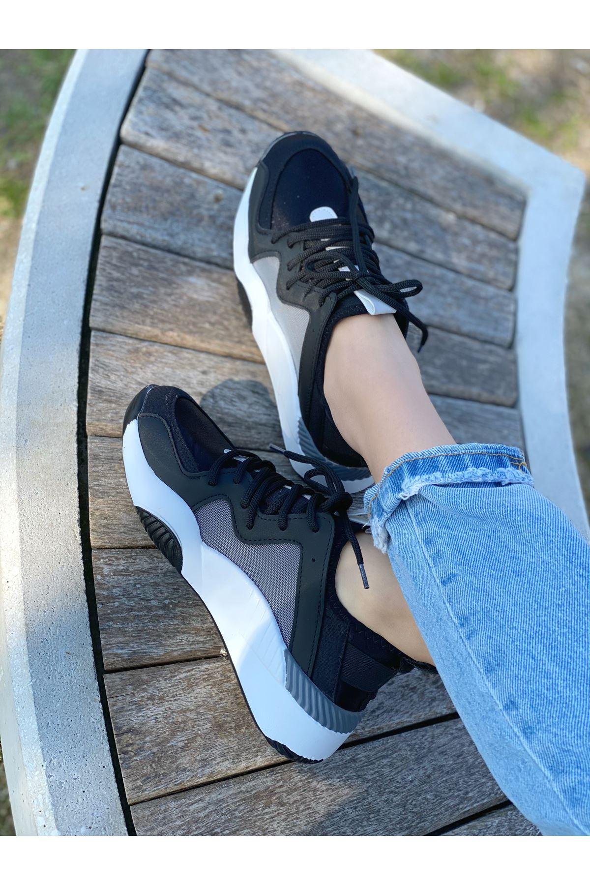 Kadın Mendi Mat Deri Bağcık Detaylı Spor Ayakkabı Siyah