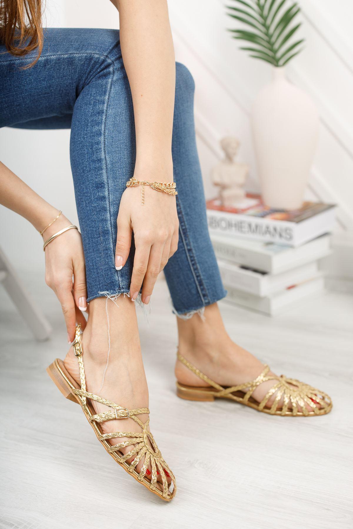 Kadın Mislina Bağ Detay Düz Taban Kadın Altın Sandalet