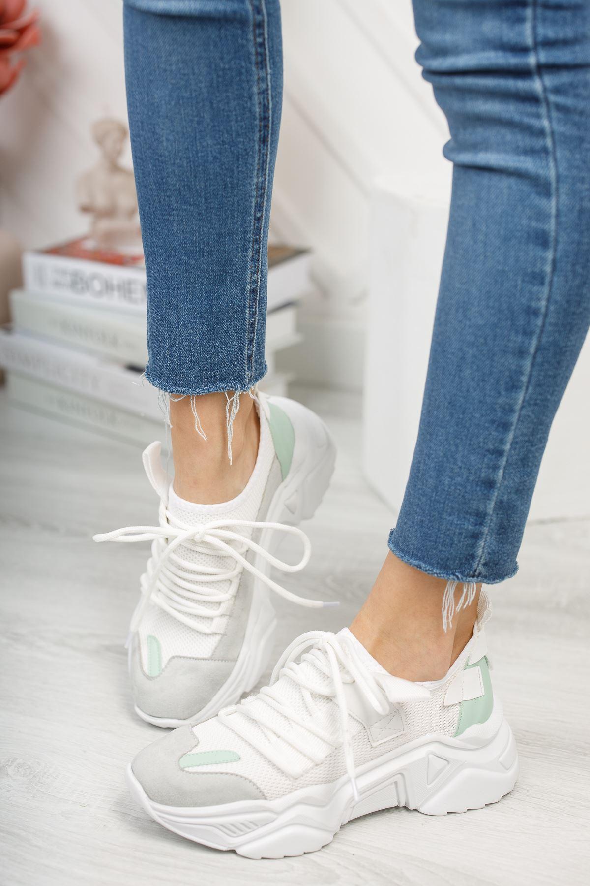 Kadın Kuli Triko Malzeme Bağcık Detaylı Kalın Taban Beyaz Spor Ayakkabı