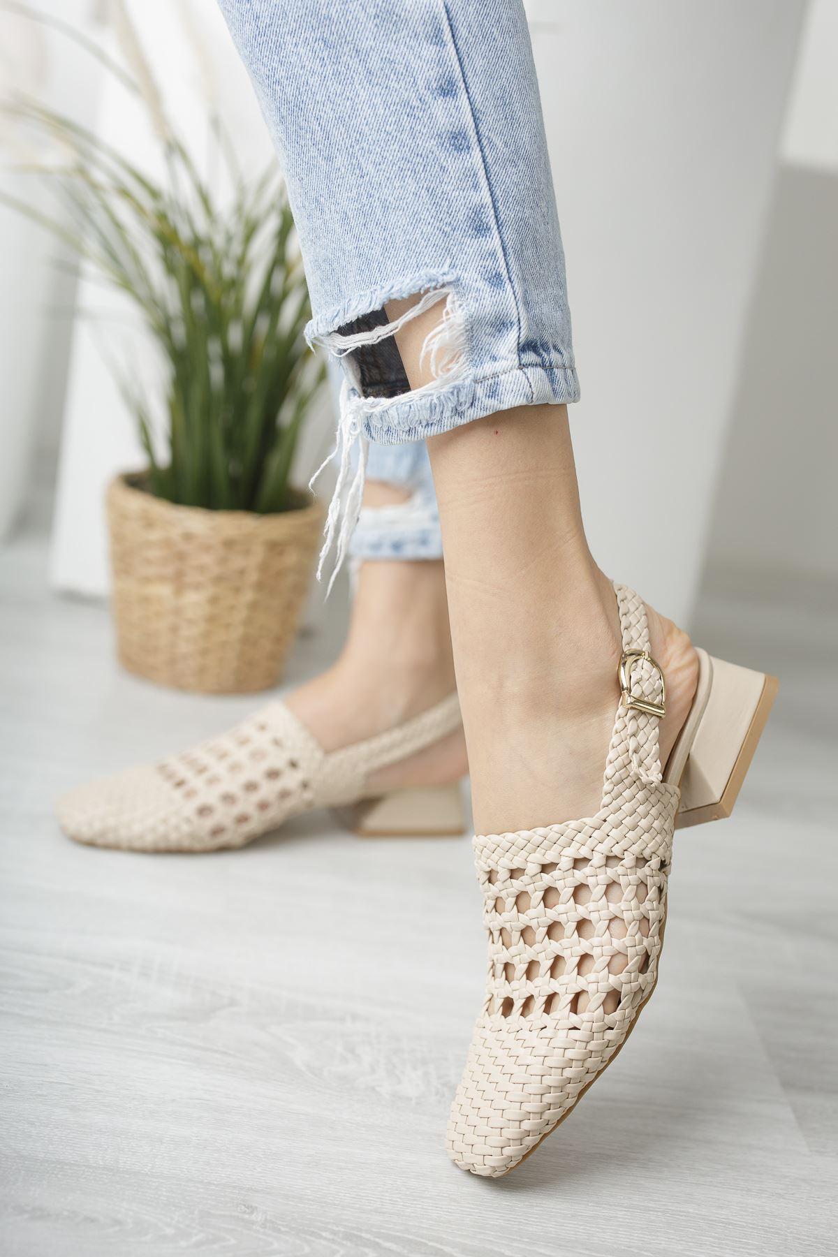 Kadın Terry Örgü Detay Mat Deri Ten Kısa Topuklu Ayakkabı