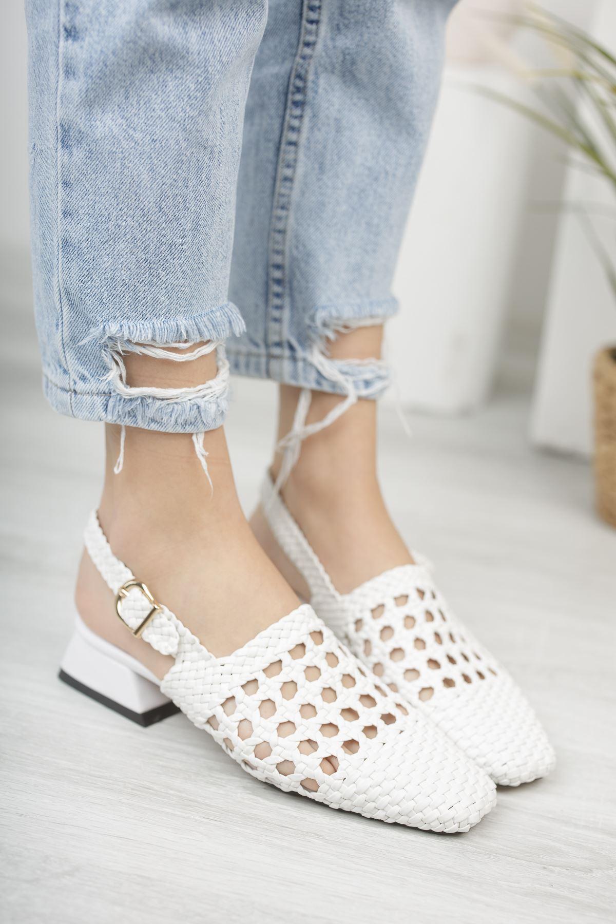 Kadın Terry Örgü Detay Mat Deri Beyaz Kısa Topuklu Ayakkabı