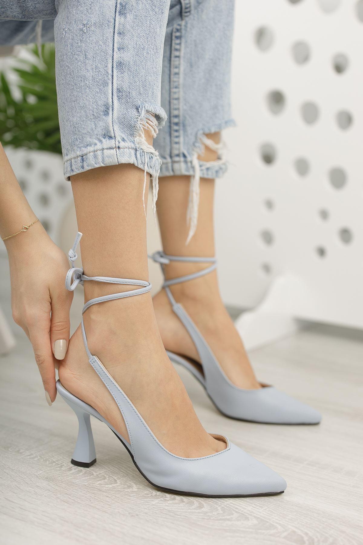 Kadın Merlin Bebe Mavi Topuklu Ayakkabı Bağcık Detaylı Sivri Burun Mat Deri