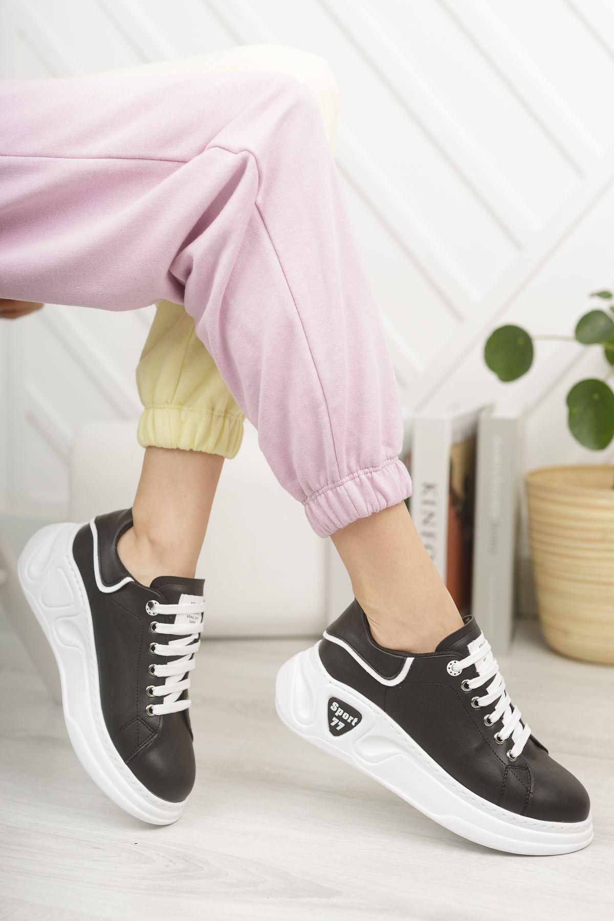 Kadın Taylor  Kalın Taban Siyah Spor Ayakkabı Bağcıklı Mat Deri