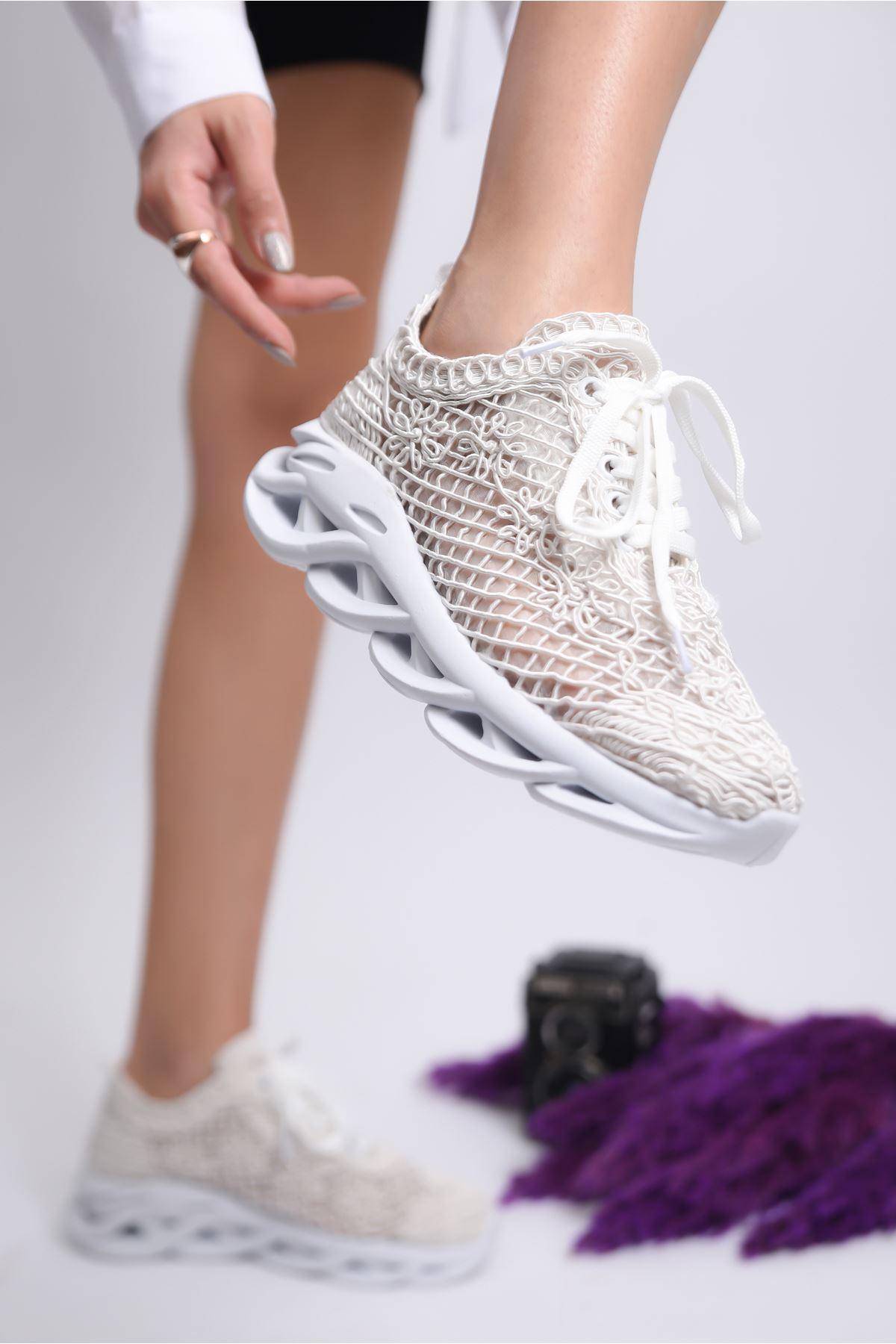 Kadın Minake Kalın Taban Örgü Detay Beyaz Spor Ayakkabı