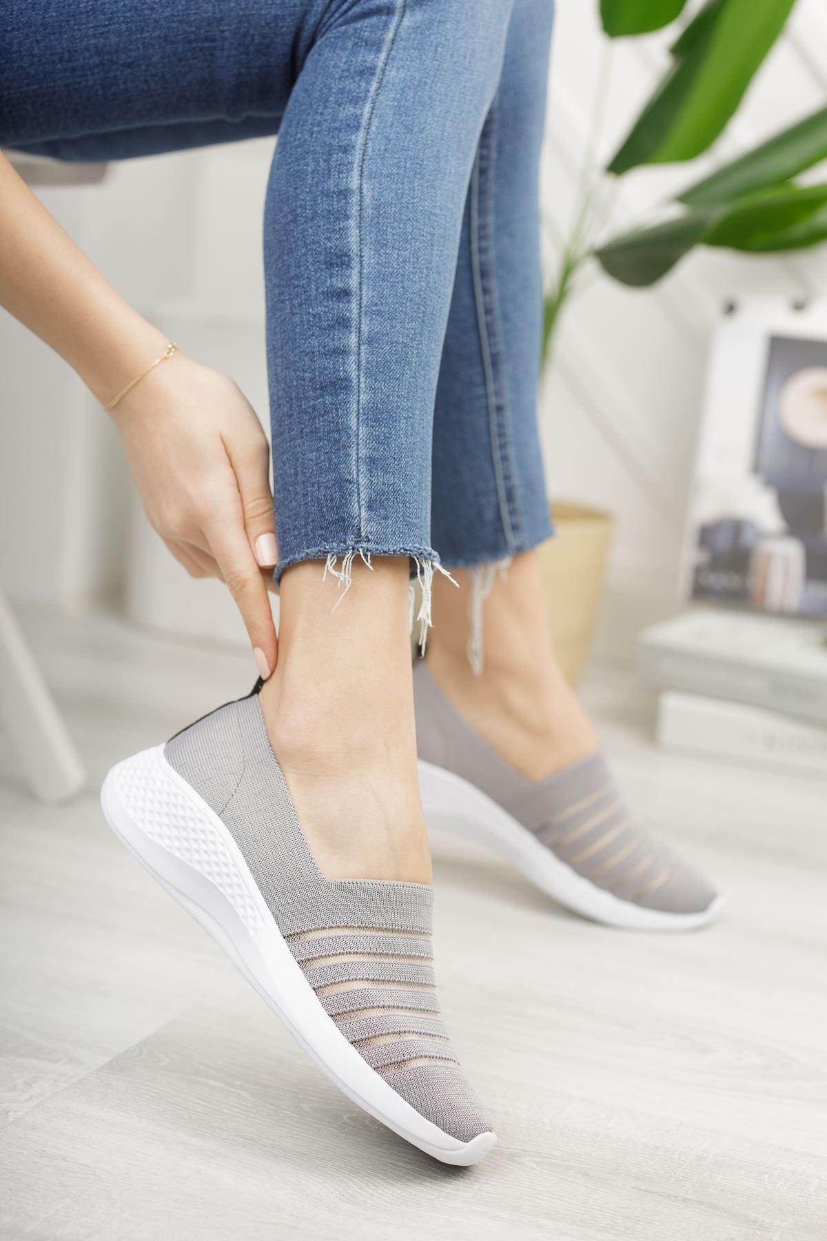 Kadın Leminol File Detaylı Günlük Gri Spor Ayakkabı