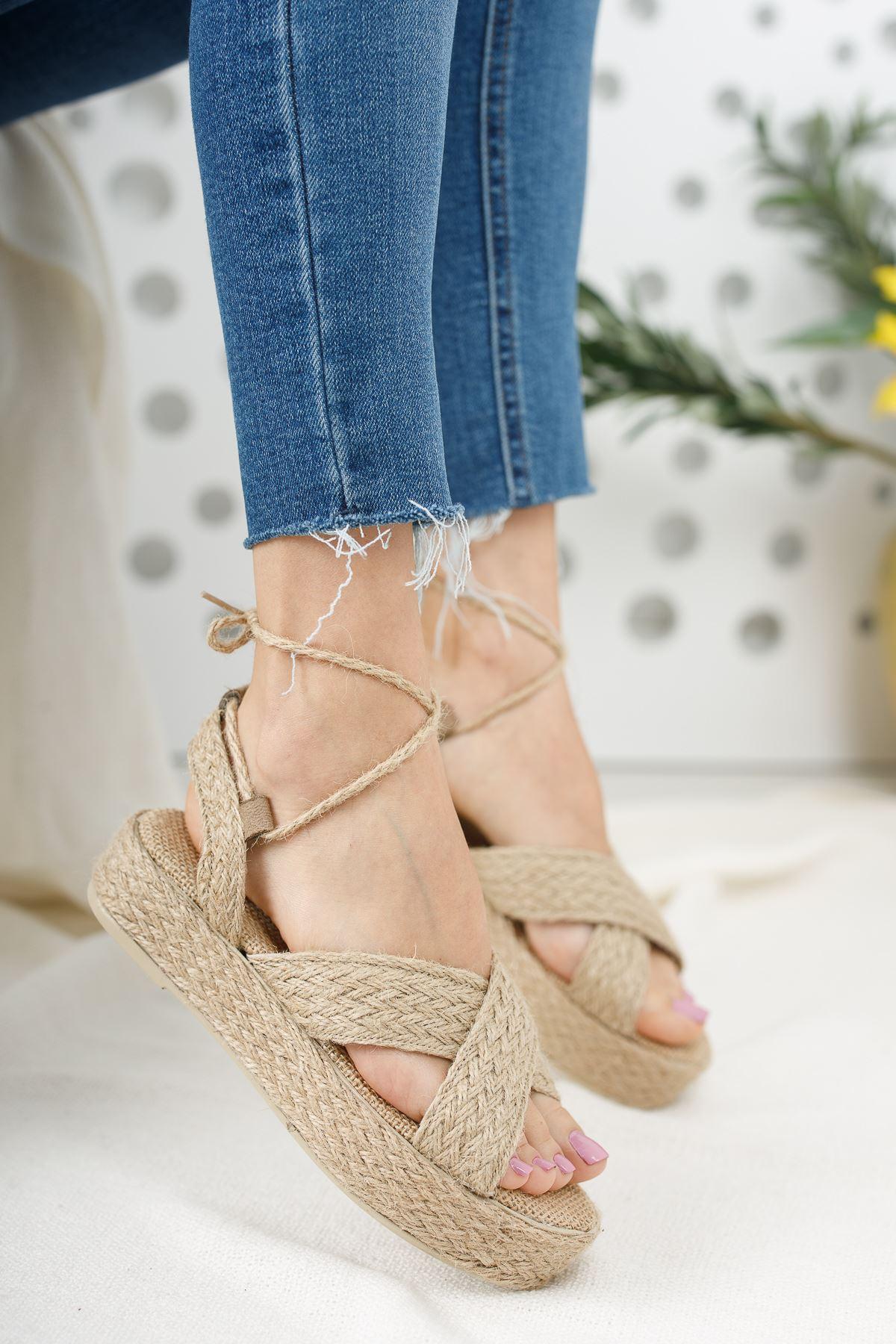 Kadın Gentas Bağcık Detaylı Hasır Sandalet