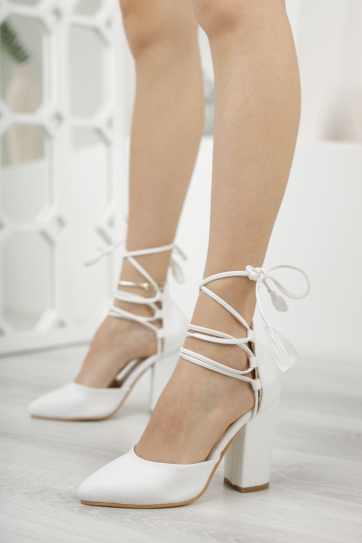 Kadın Marina Mat Deri Beyaz Topuklu Ayakkabı