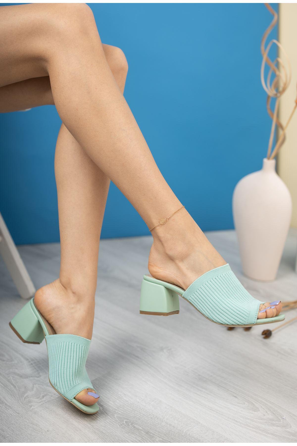 Kadın Salos Kısa Topuklu Yeşil Triko Terlik