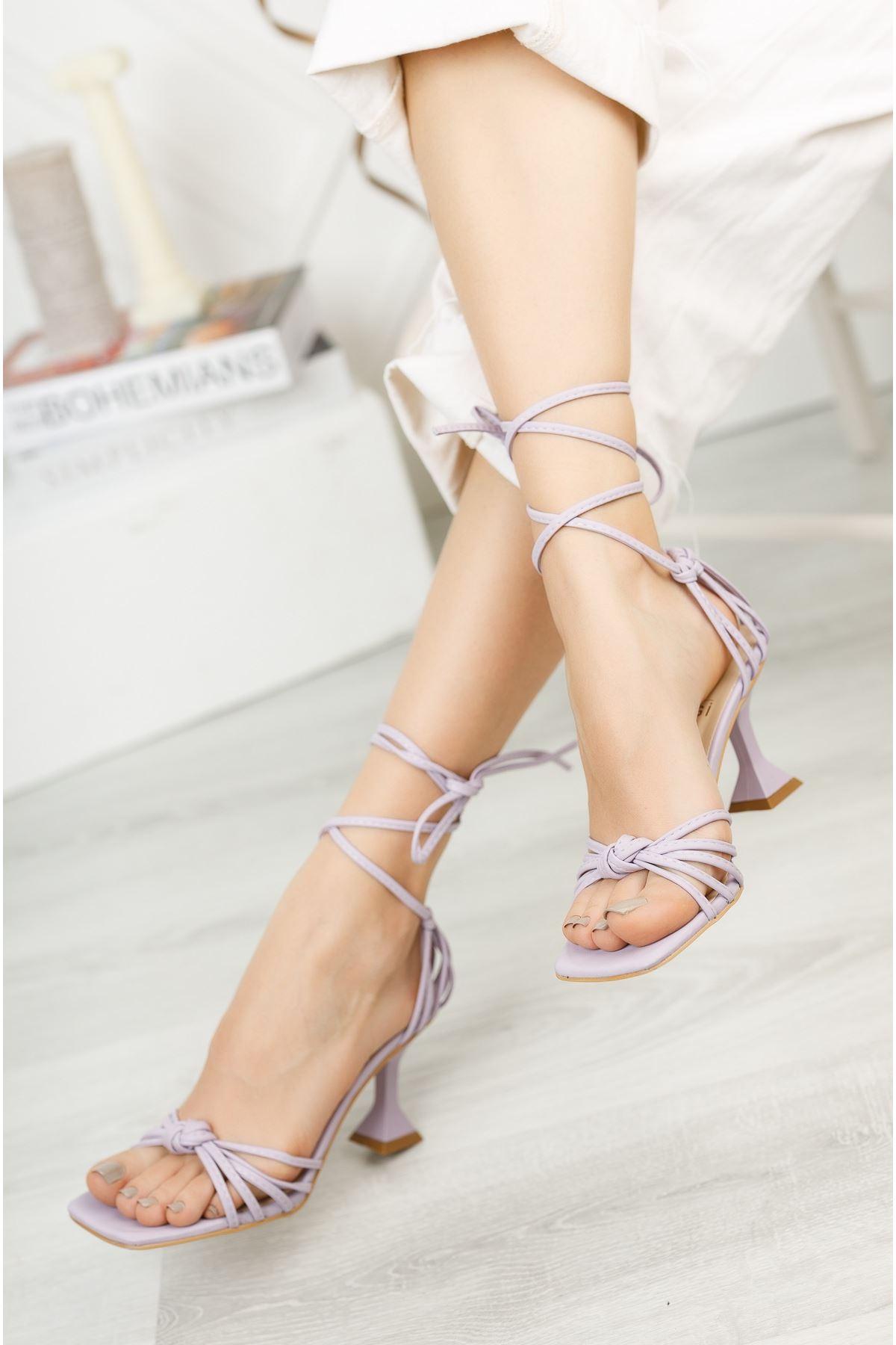 Kadın Gladis Mat Deri Bilekten Bağlama Detaylı Lila Topuklu Ayakkabı