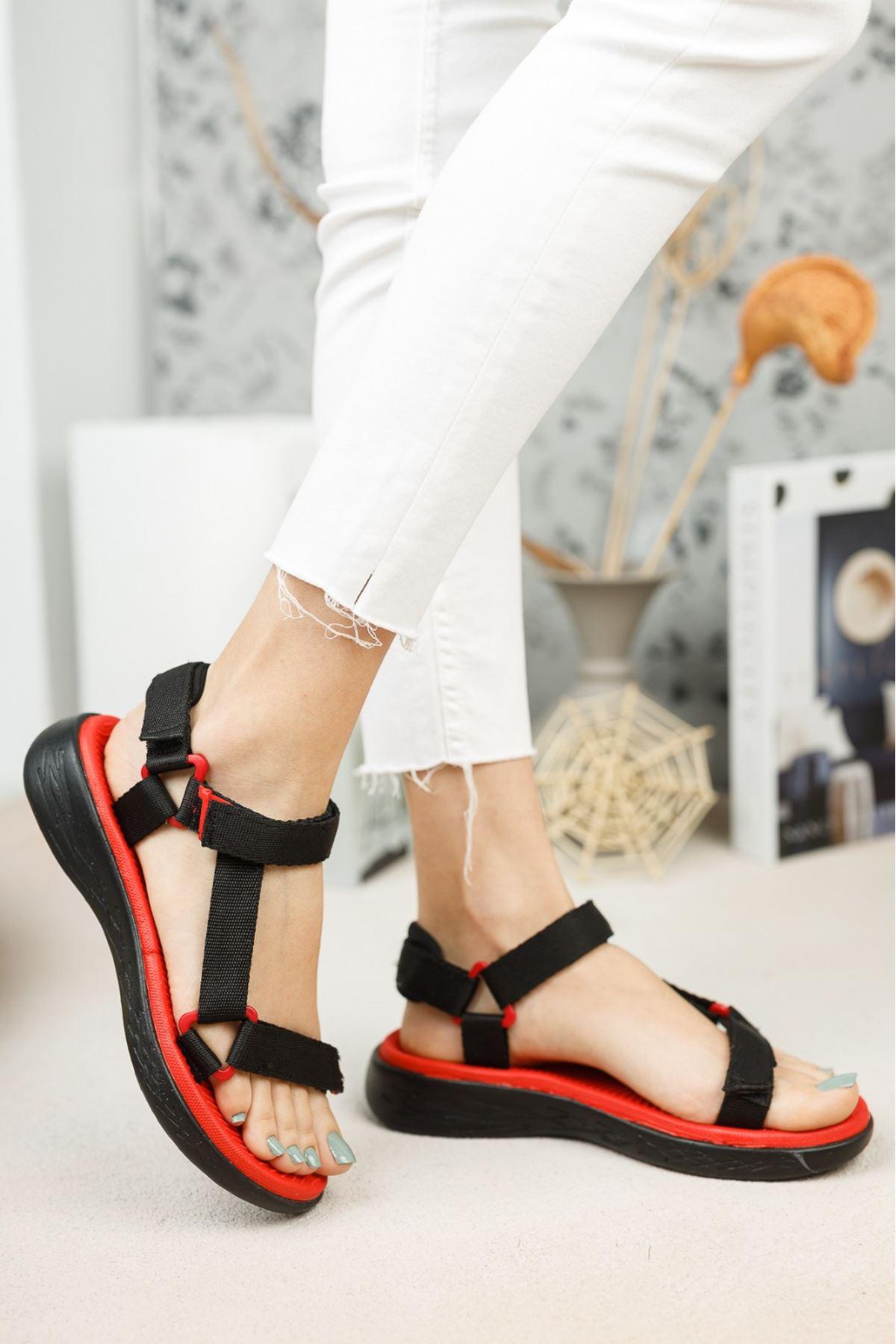 Kadın Pesas Kemer Detaylı Kırmızı-Siyah Sandalet