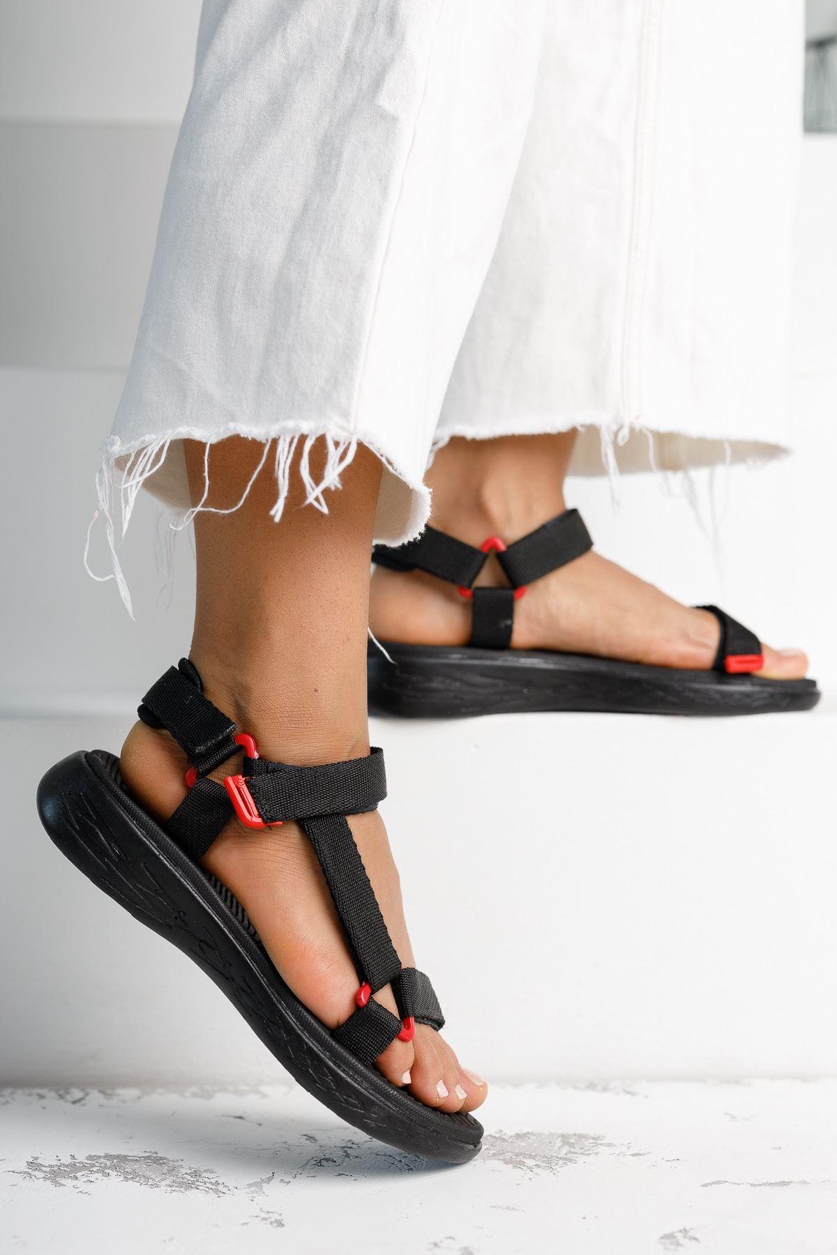 Kadın Pesas Kemer Detaylı Düz Siyah Sandalet
