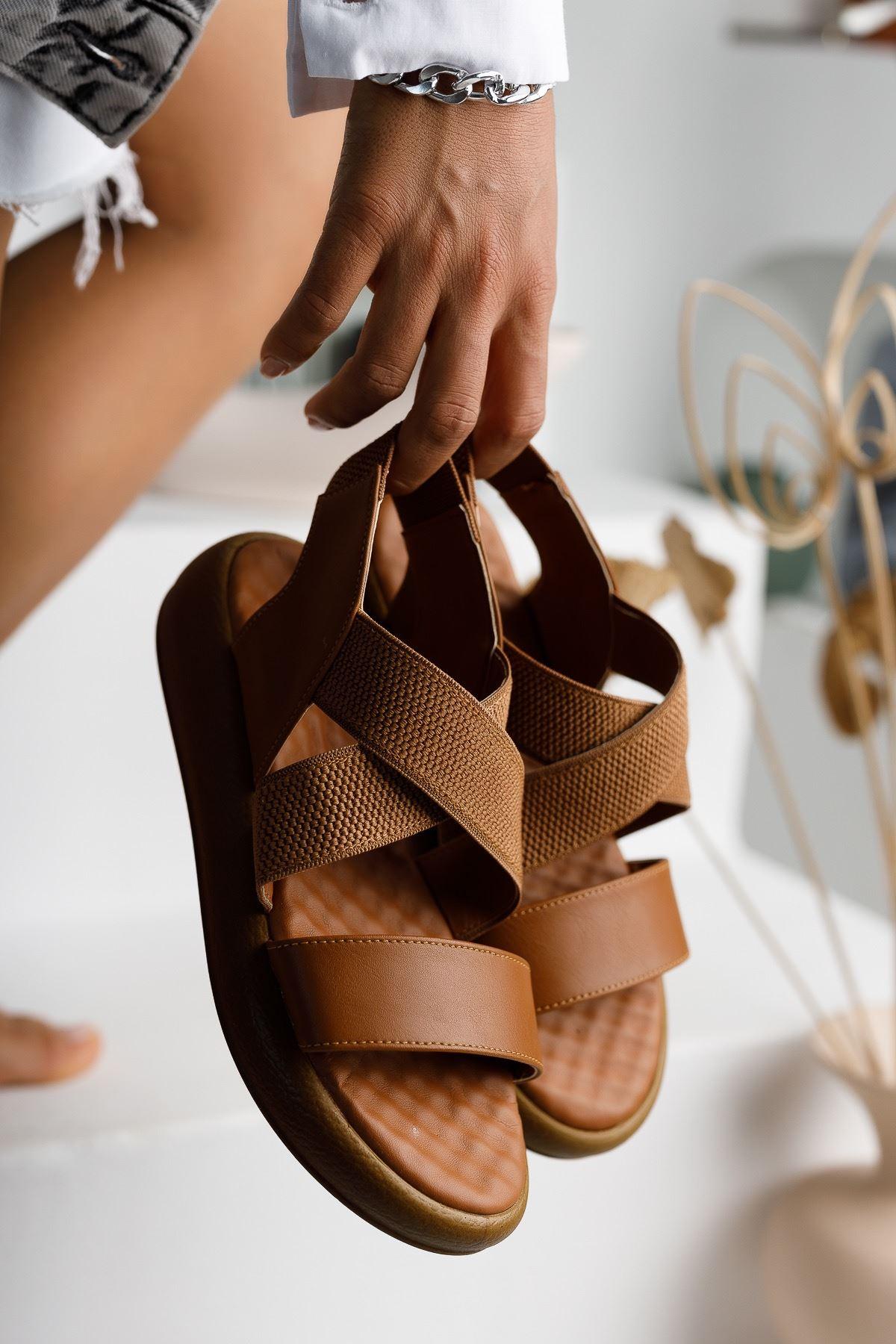 Kadın Zagos Lastik Detay Taba Sandalet