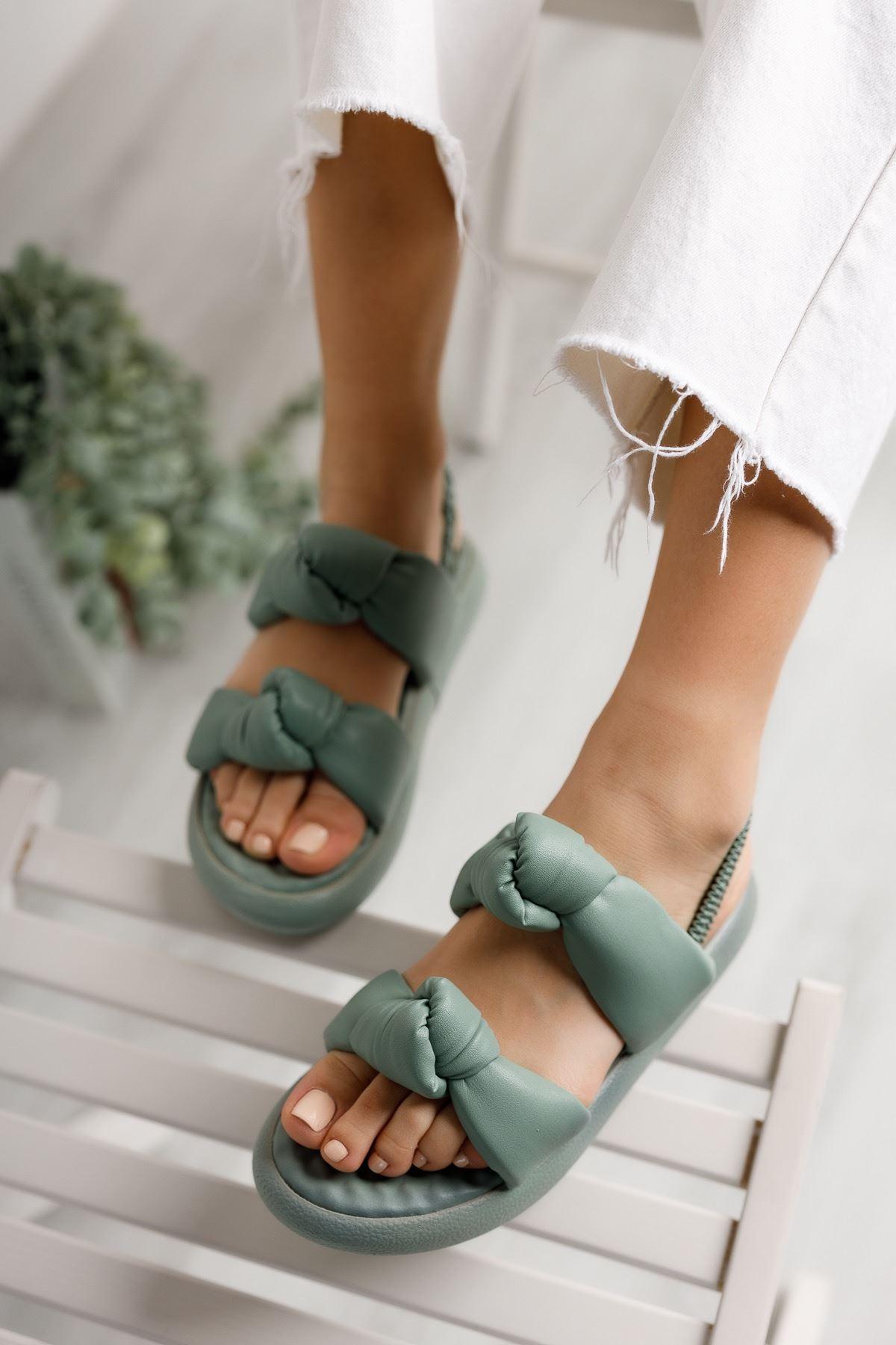 Kadın Rosso Mat Deri Bağlama Detaylı Yeşil Sandalet