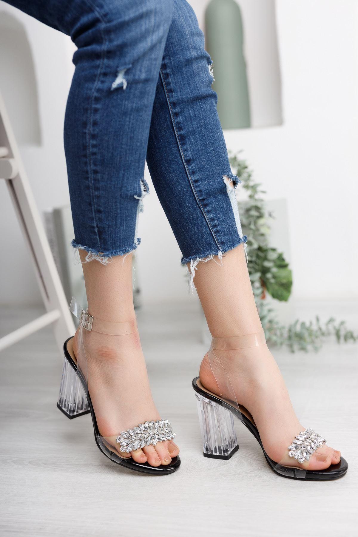 Kadın Madinda Taş Detaylı Siyah Şeffaf Topuklu Ayakkabı