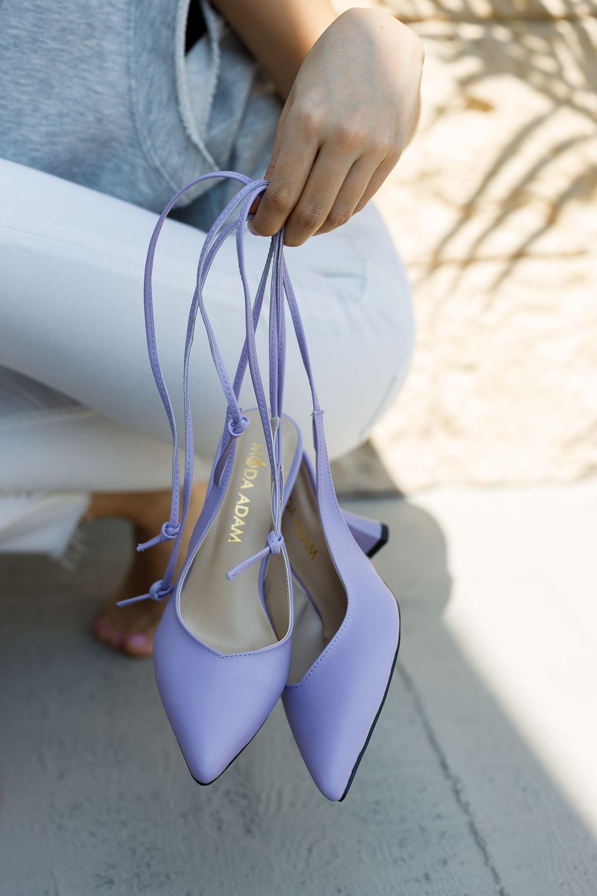 Kadın Merlin Bağcık Detaylı Sivri Burun Lila Mat Deri Topuklu Ayakkabı