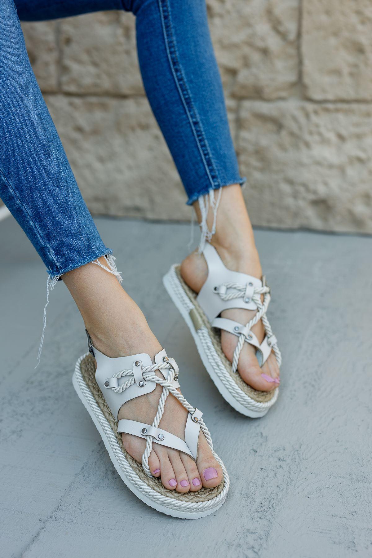 Kadın Buke Parmak Arası Beyaz Sandalet