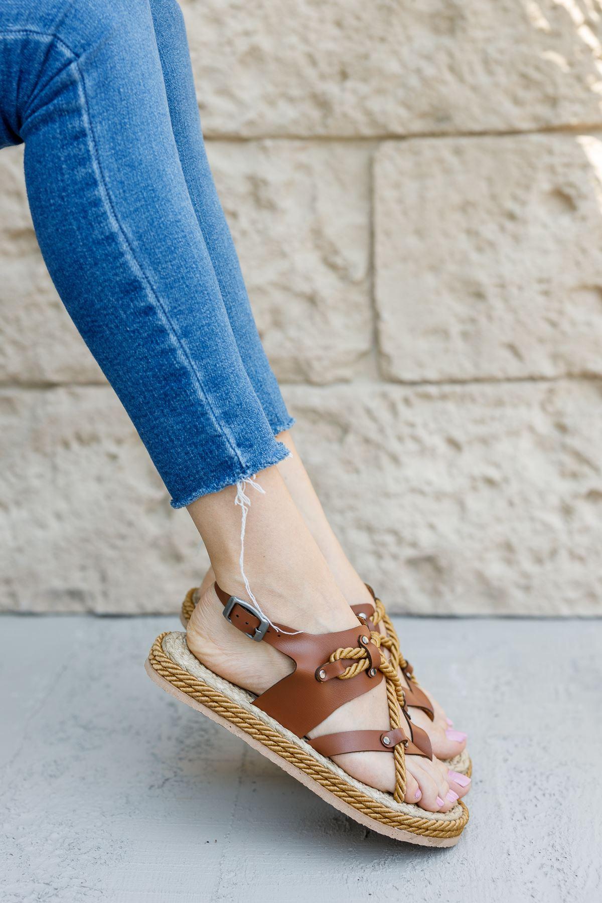Kadın Buke Parmak Arası Taba Sandalet