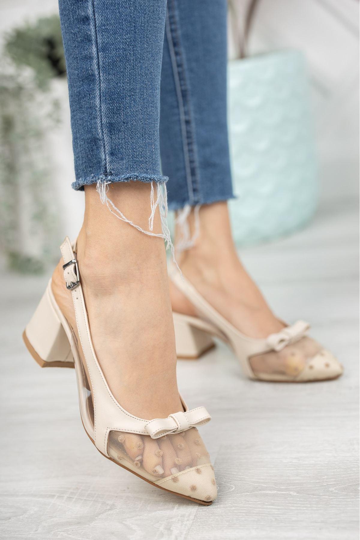 Kadın Nesta Sivri Burun Nude Puantiyeli Mat Deri Topuklu Ayakkabı