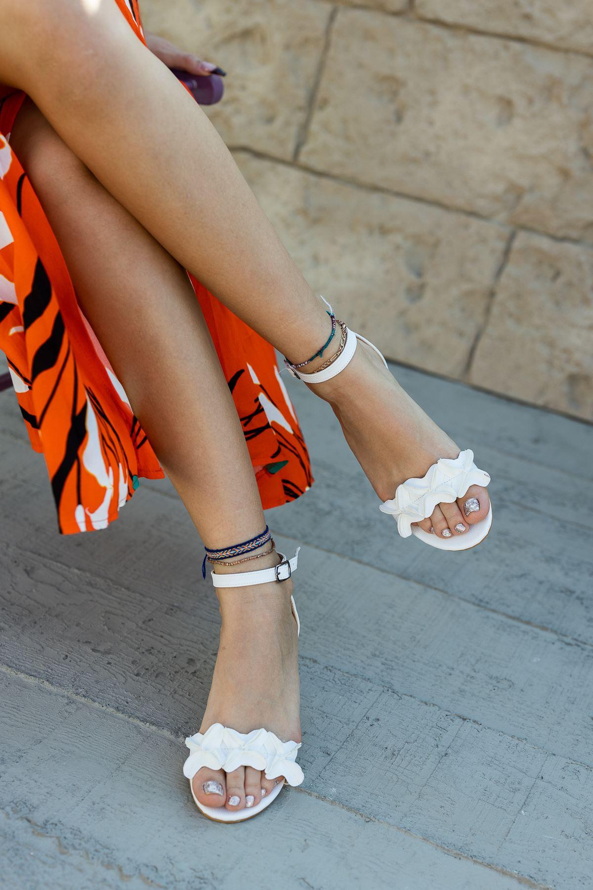 Kadın Sala Beyaz Mat Deri Topuklu Ayakkabı