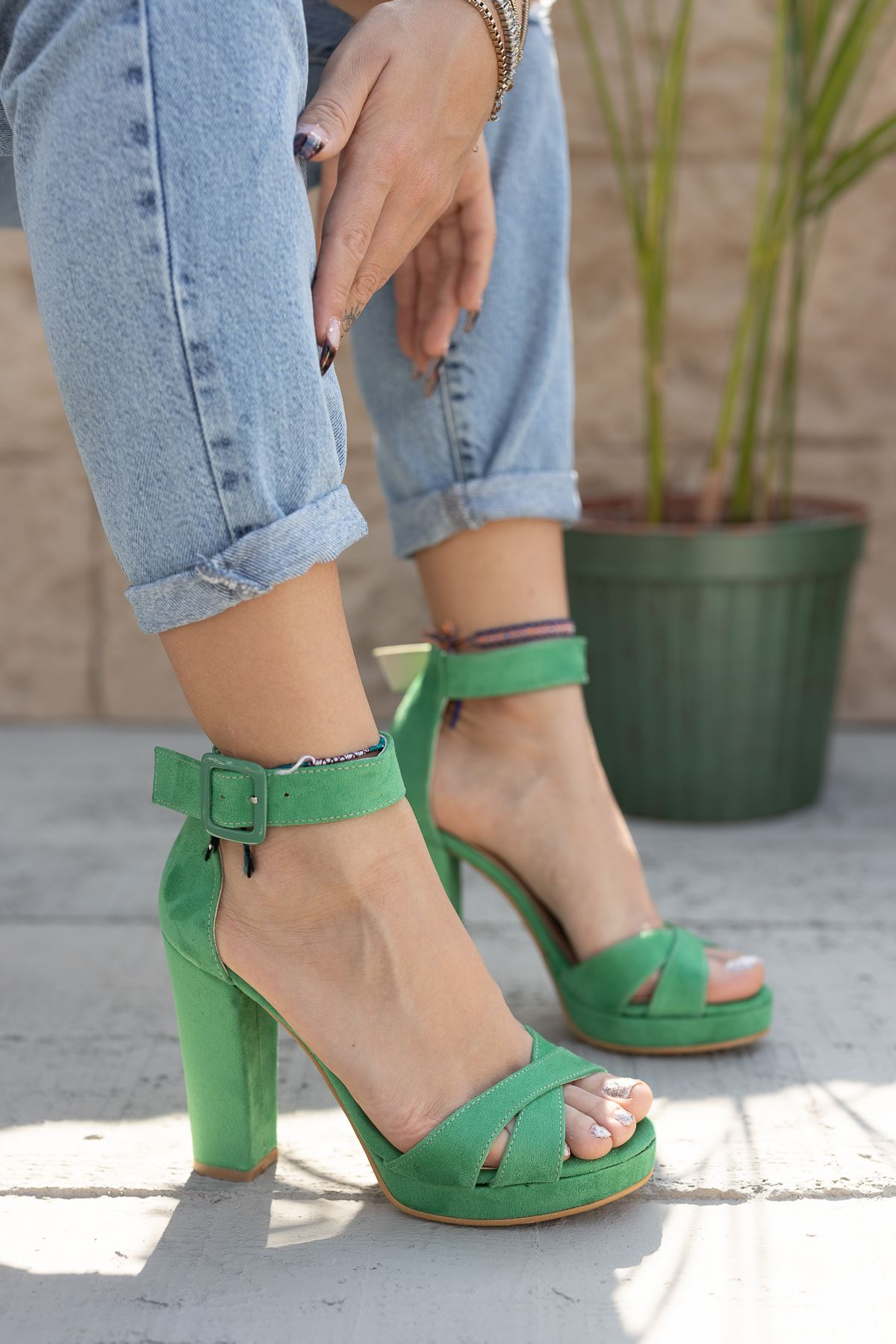 Kadın Loked Yüksek Topuklu Yeşil Süet Tek Bant Ayakkabı Çapraz Bantlı