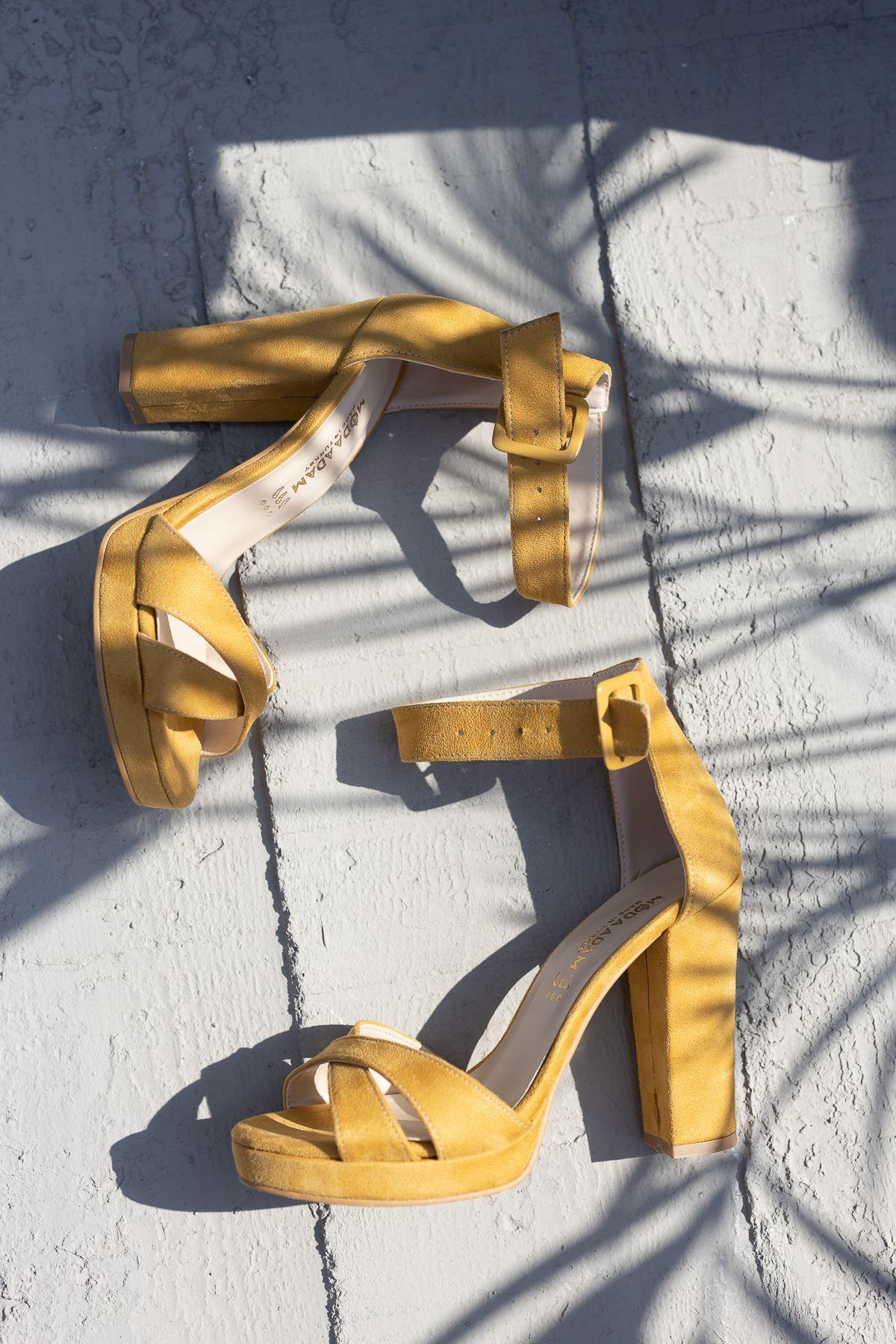 Kadın Loked Yüksek Topuklu Hardal Süet Tek Bant Ayakkabı Çapraz Bantlı
