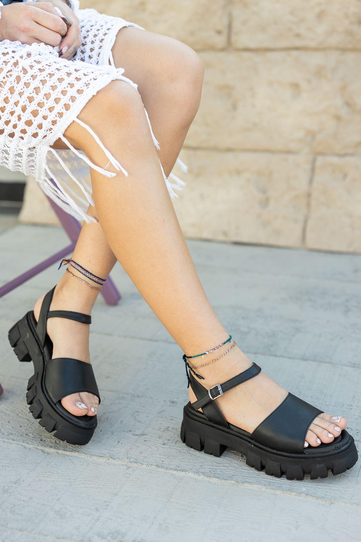 Kadın Foles Kalın Taban Siyah Sandalet