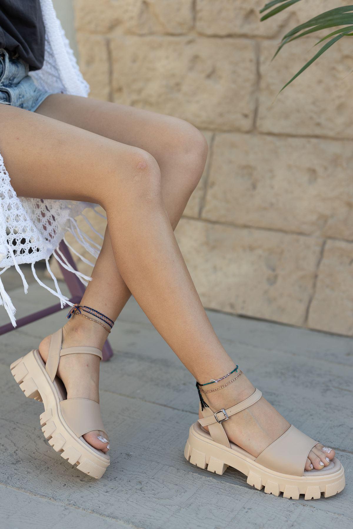 Kadın Foles Kalın Taban Nude Sandalet