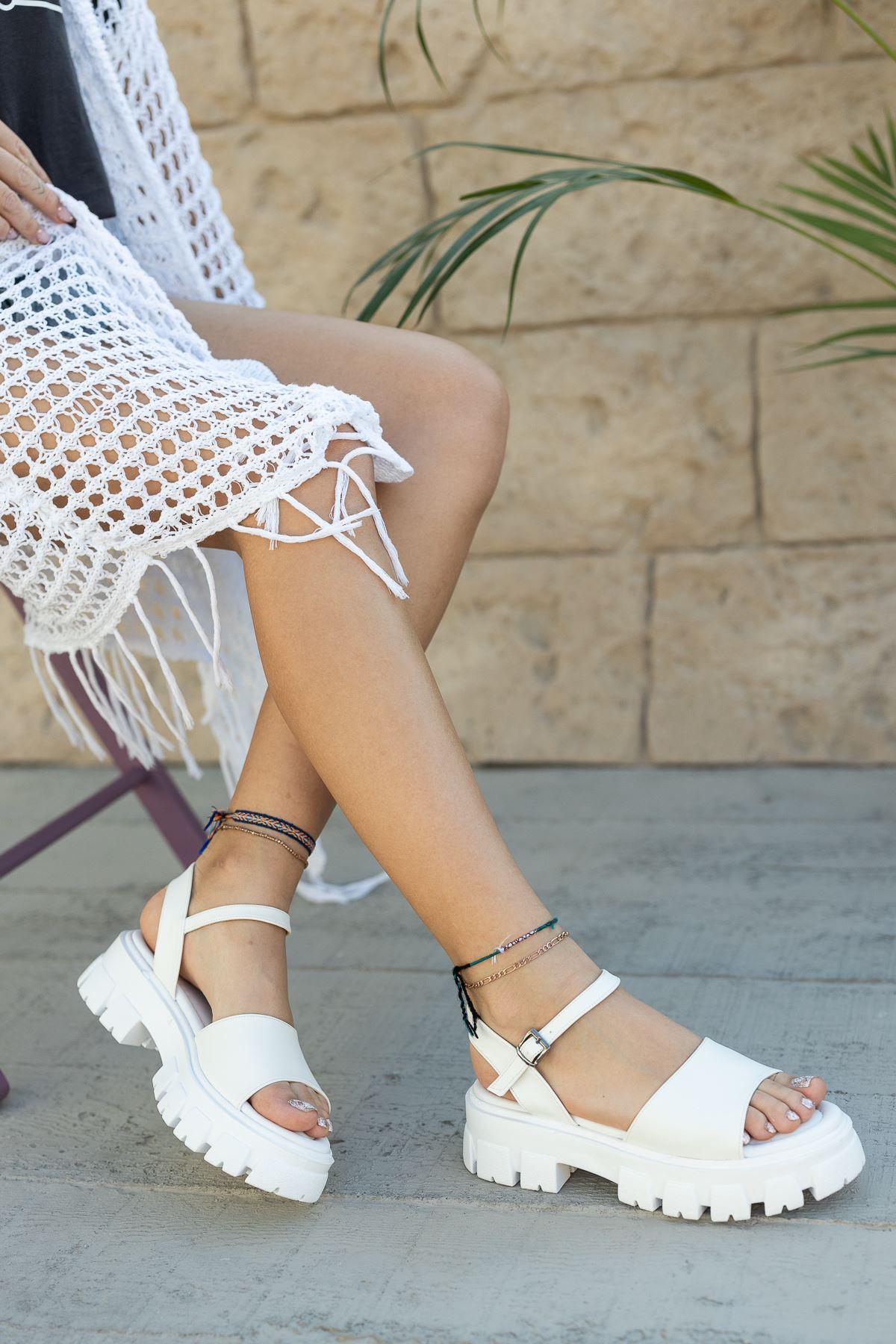 Kadın Foles Kalın Taban Beyaz Sandalet