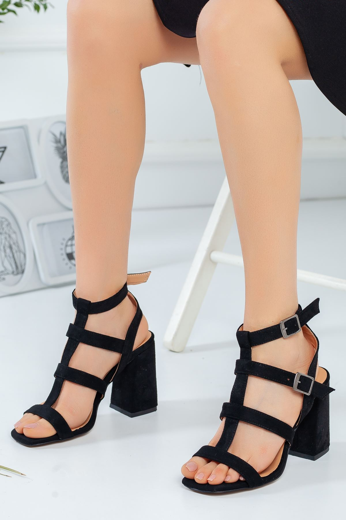 Kadın Elga Siyah Süet Topuklu Ayakkabı