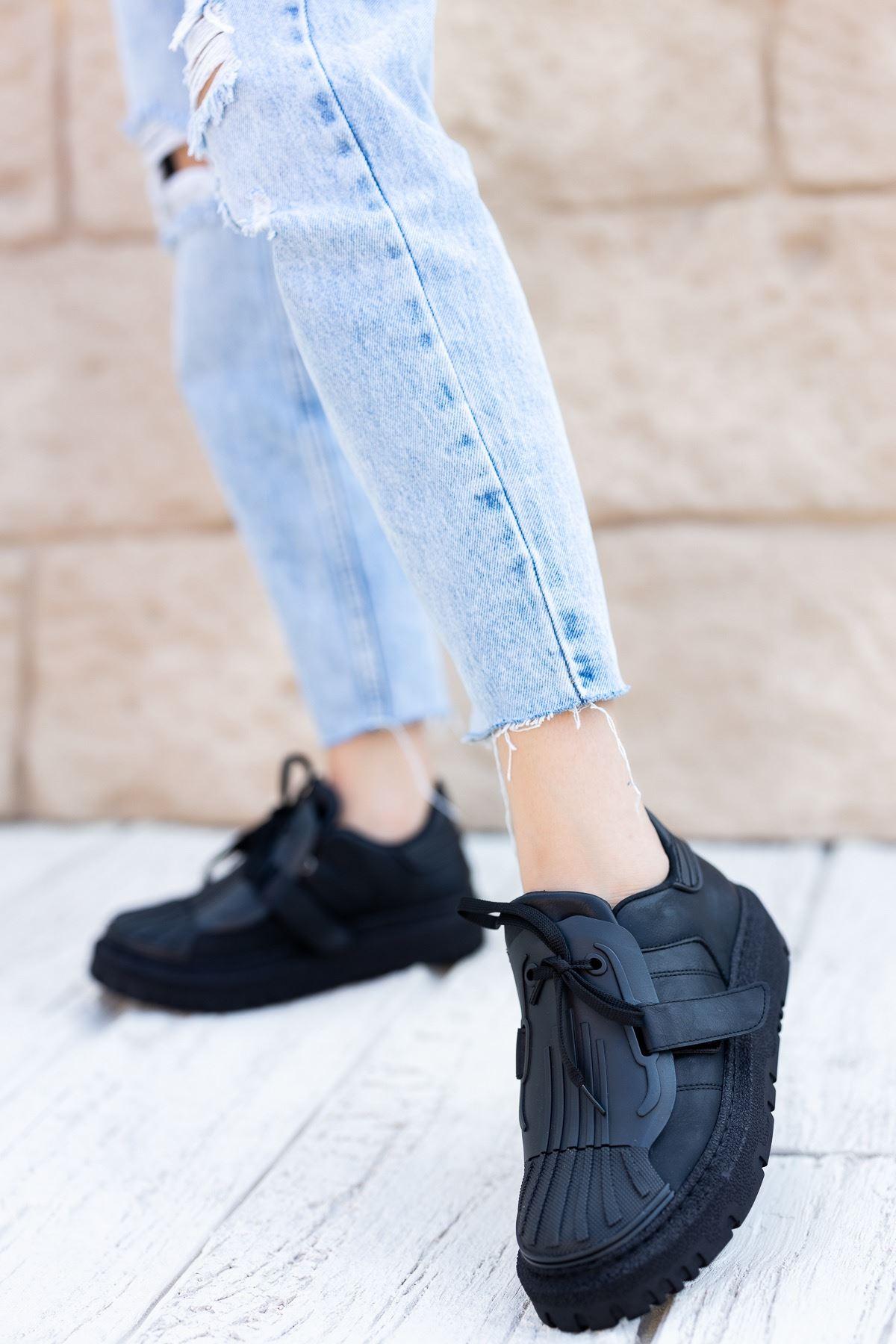 Kadın Dimore Düz Siyah  Kalın Taban  Spor Ayakkabı
