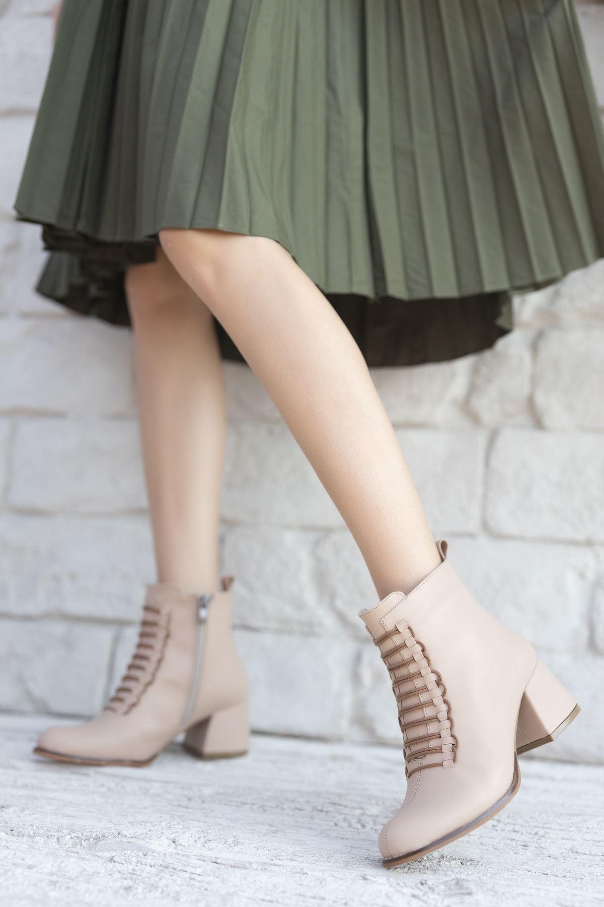 Kadın Janya Kısa Topuklu Mat Deri Ten Bot