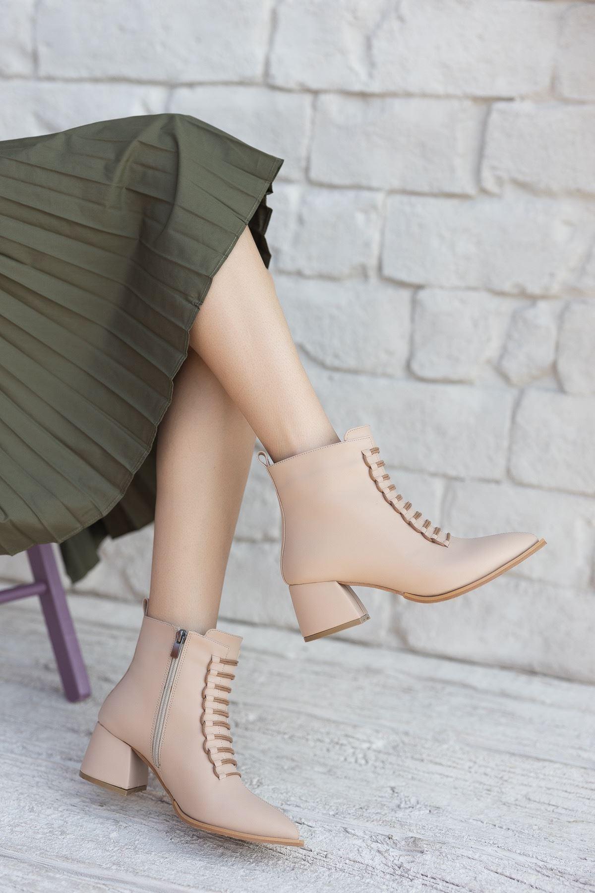 Kadın Jennifer Kısa Topuklu Mat Deri Ten Bot