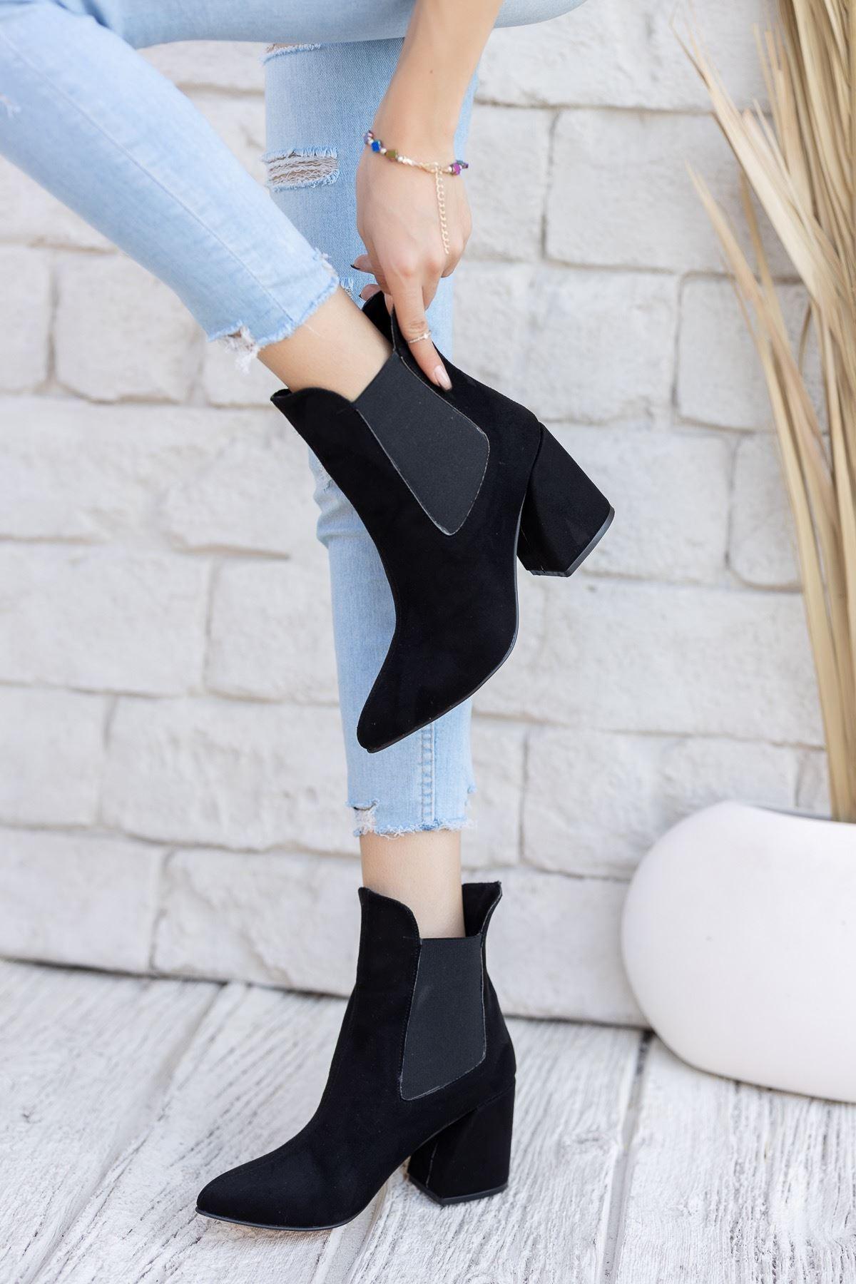 Kadın Lucy Kalın Topuklu Siyah Süet Bot