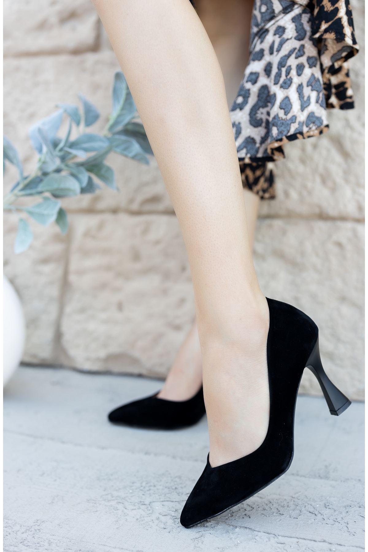 Kadın Laura Kadeh Topuk Detaylı  Siyah Süet  Stiletto