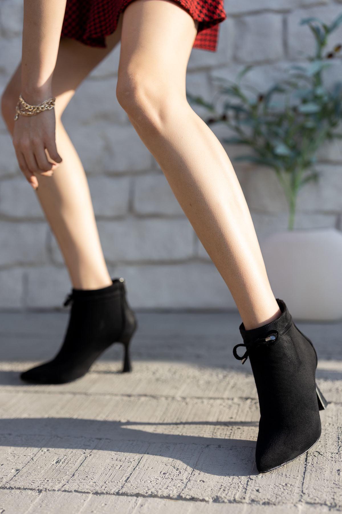 Kadın Minke Yüksek Kadeh Topuklu Siyah Süet Bot