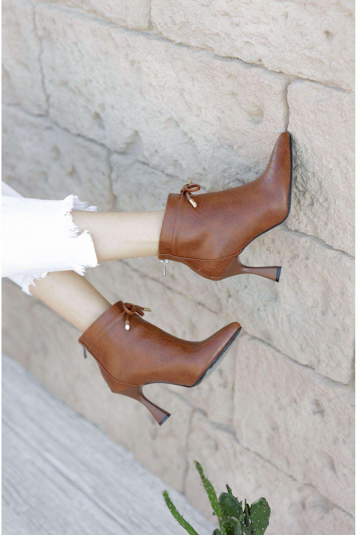 Kadın Minke Yüksek Kadeh Topuklu Taba Kroko Mat Deri  Bot